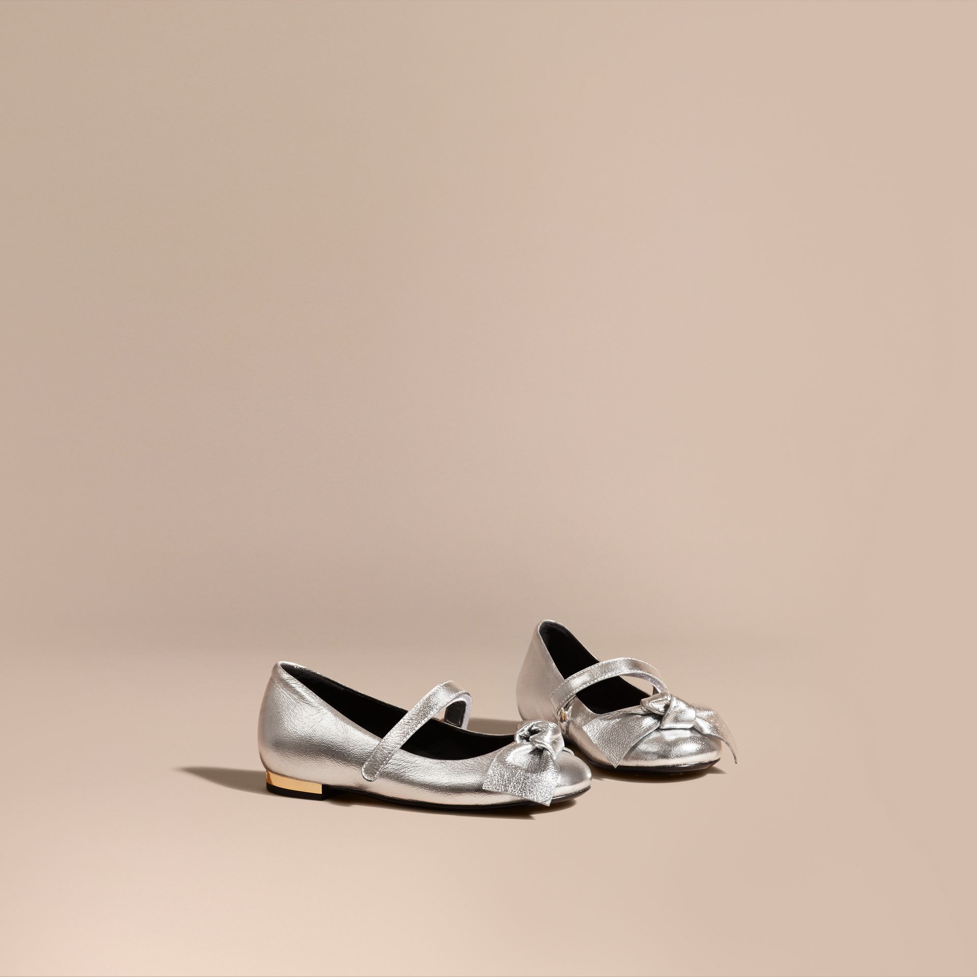 Bow Detail Metallic Leather Ballerinas in Silver - gallery image 1