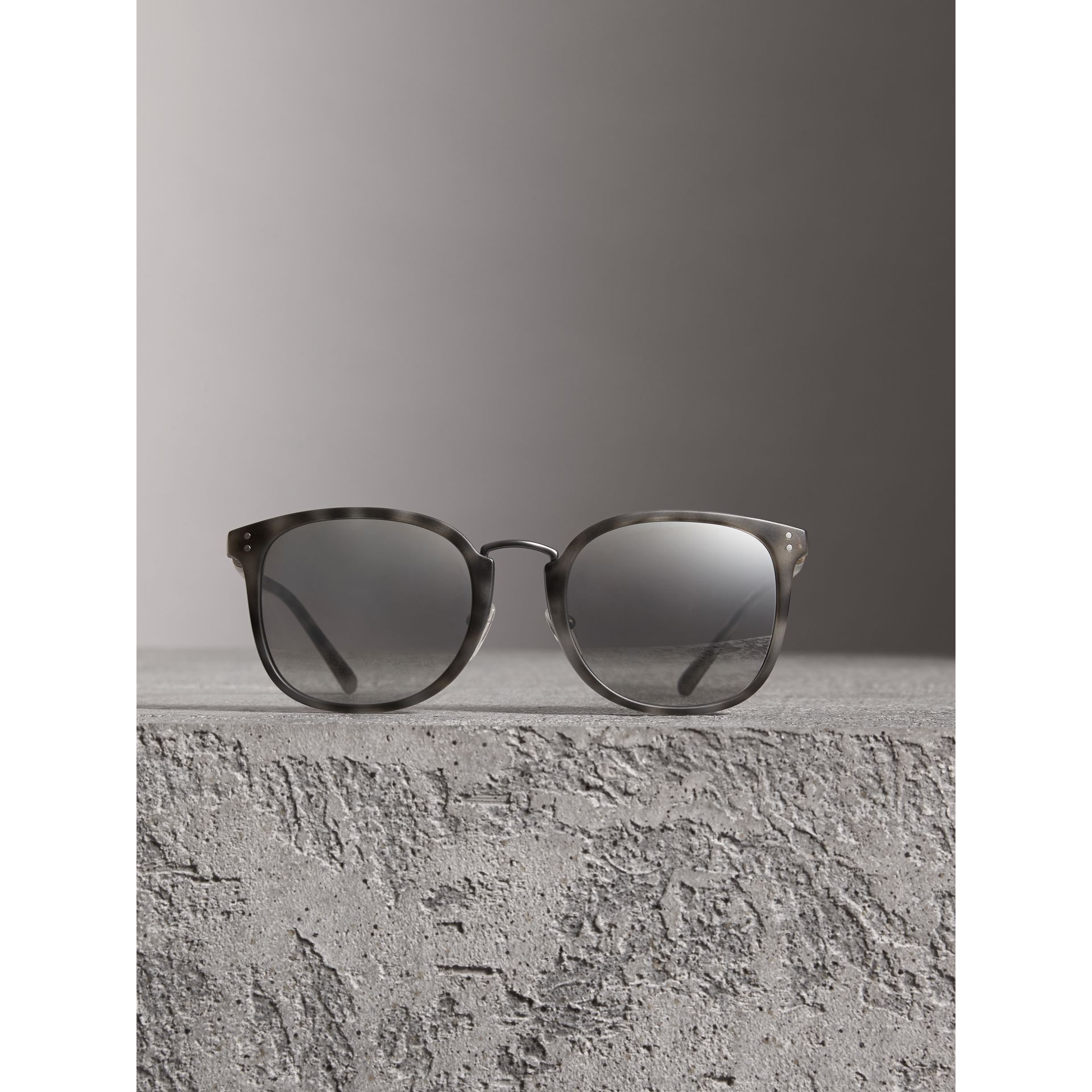 Square Frame Acetate Sunglasses in Chalk Grey - Men | Burberry - gallery image 2