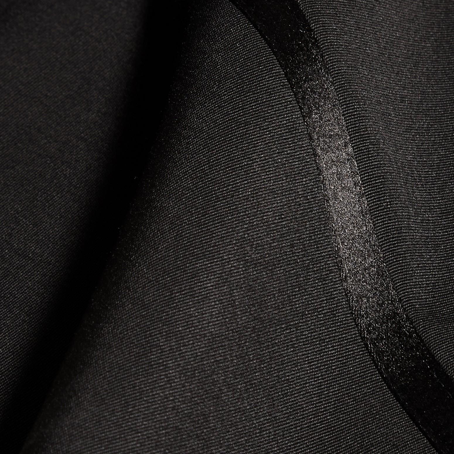 Schwarz Smokinghose aus Schurwolle - Galerie-Bild 2