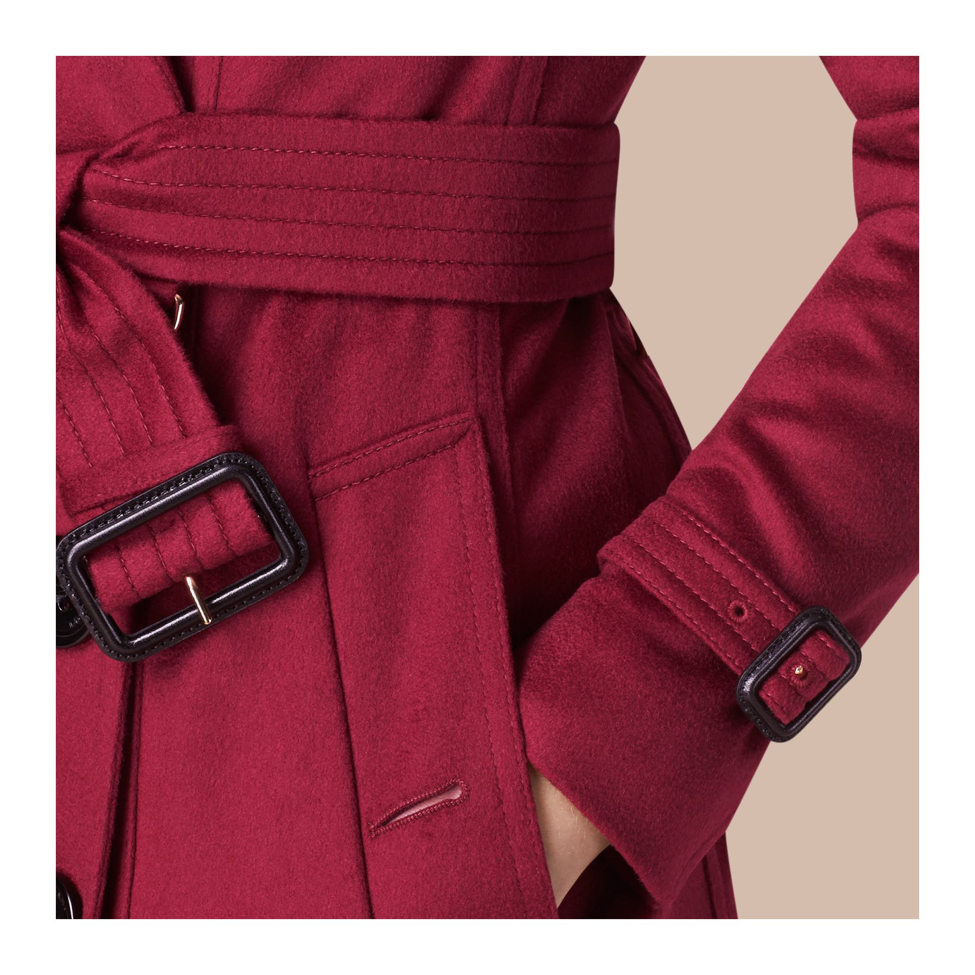 Rose cerise Trench-coat en cachemire de coupe Sandringham Rose Cerise - photo de la galerie 4