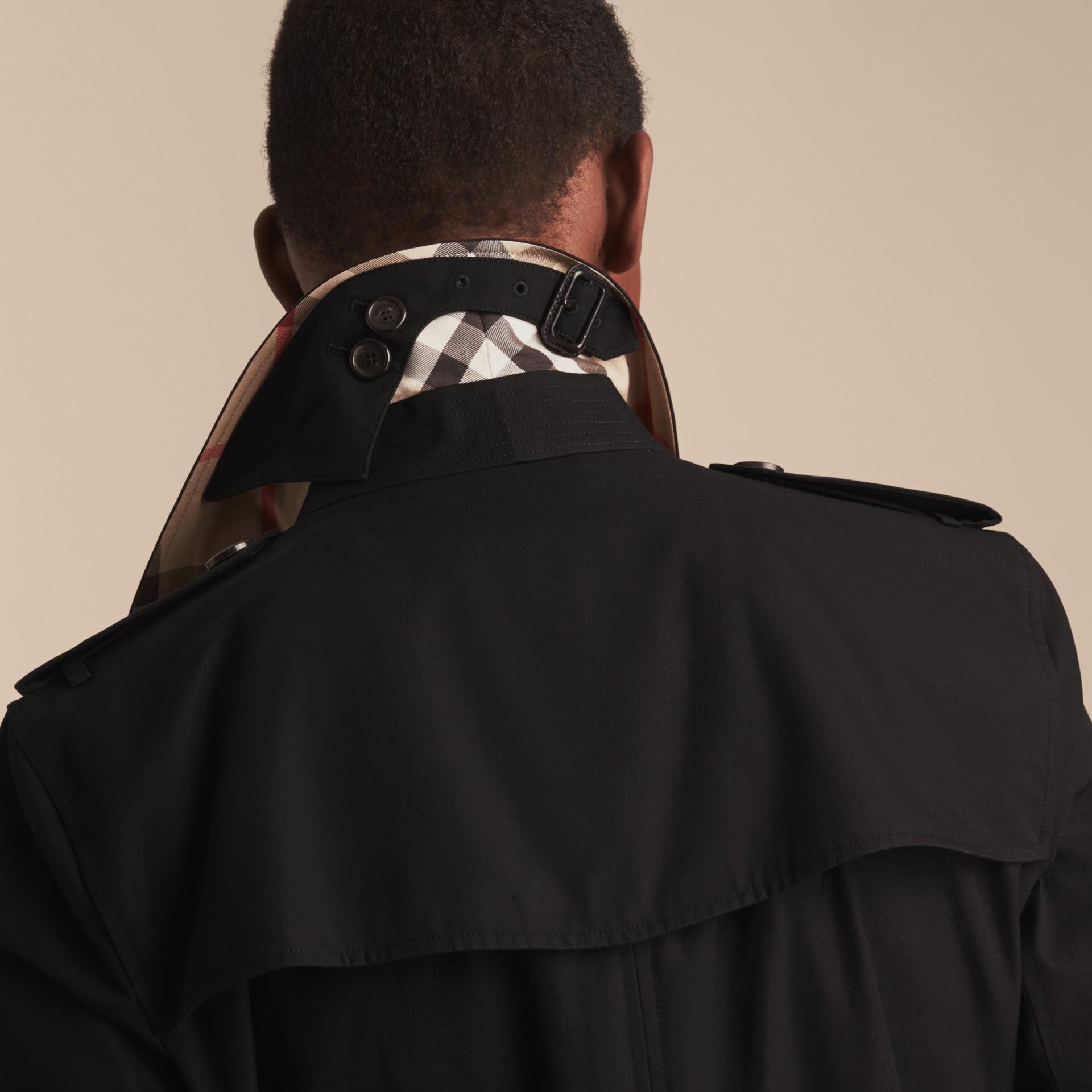 블랙 켄징턴 - 롱 헤리티지 트렌치코트 블랙 - 갤러리 이미지 8