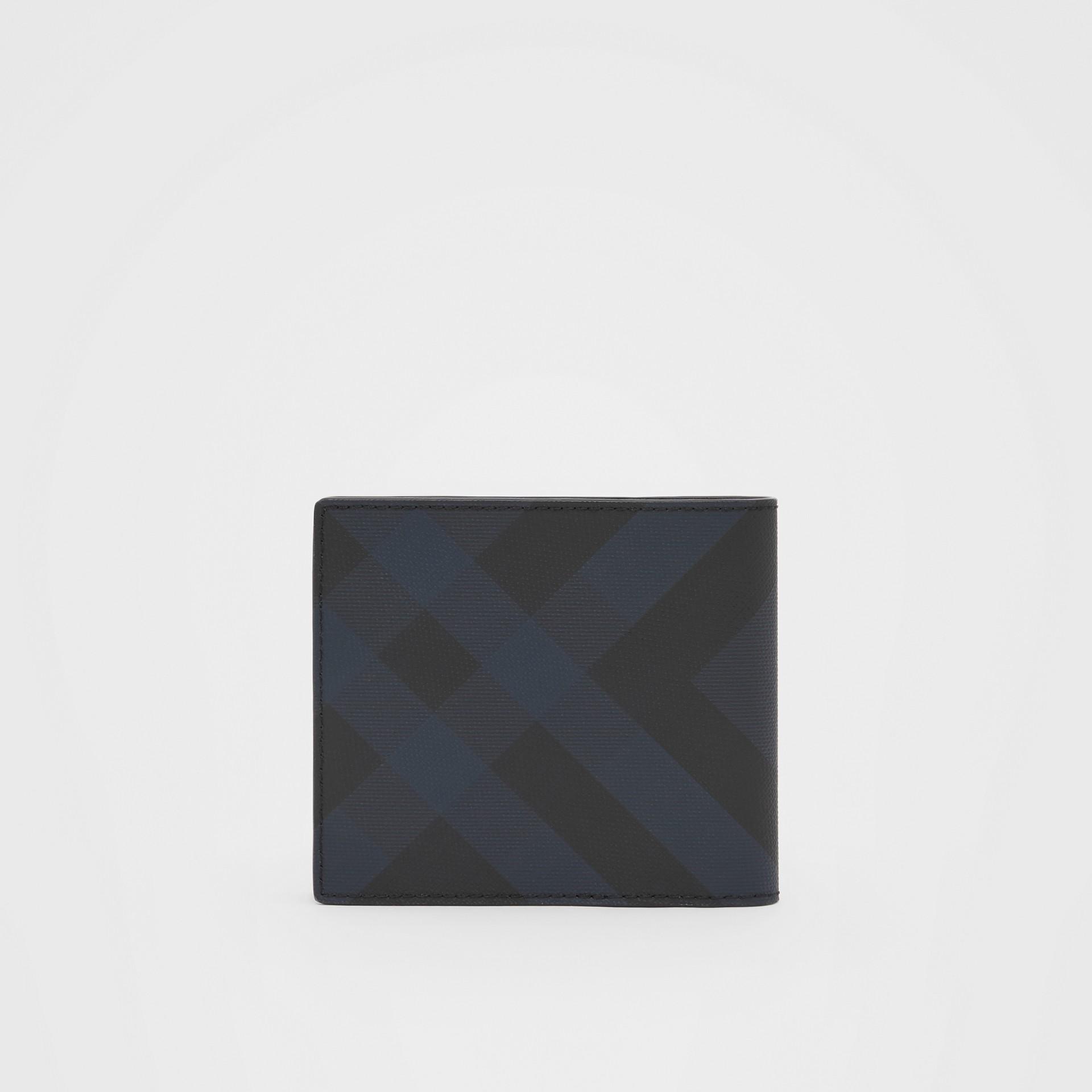ロンドンチェック&レザー インターナショナル バイフォールドウォレット (ネイビー) - メンズ | バーバリー - ギャラリーイメージ 4