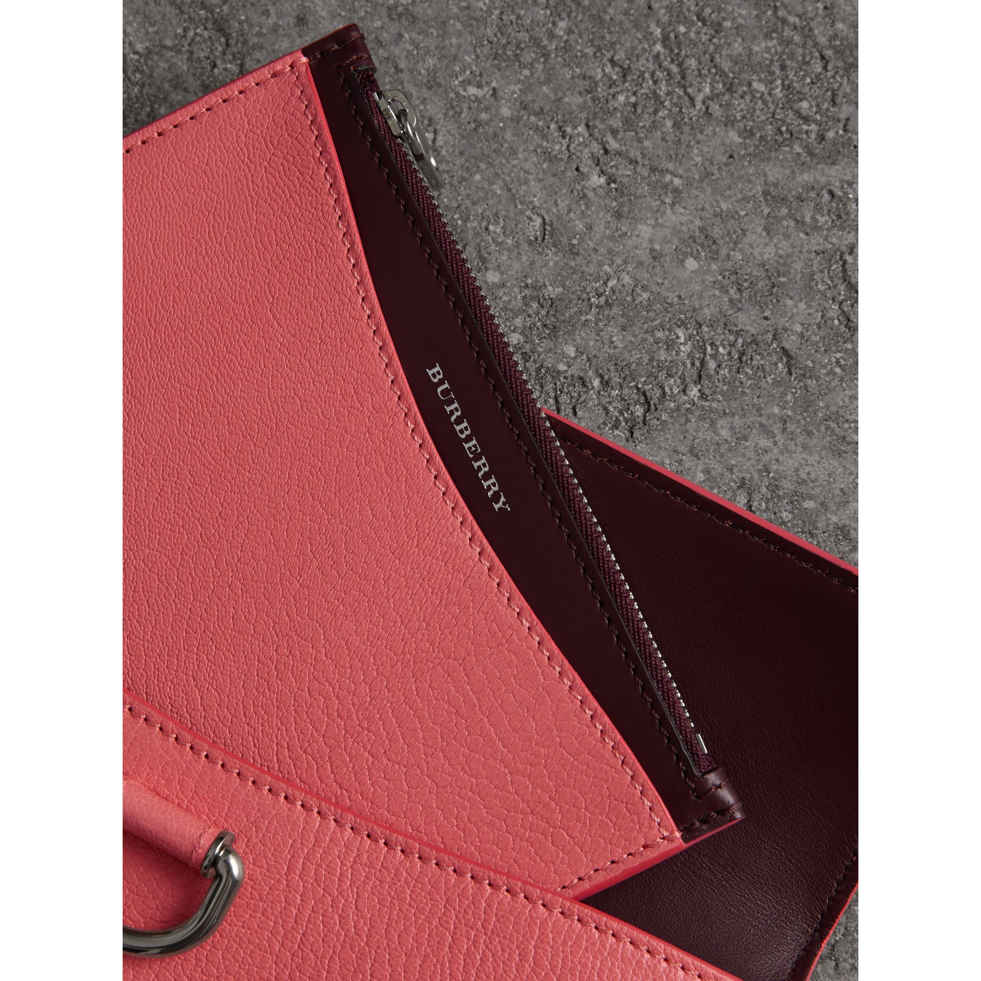 D-ring Leather Pouch with Zip Coin Case in Bright Coral Pink - Women | Burberry Hong Kong - gallery image 3
