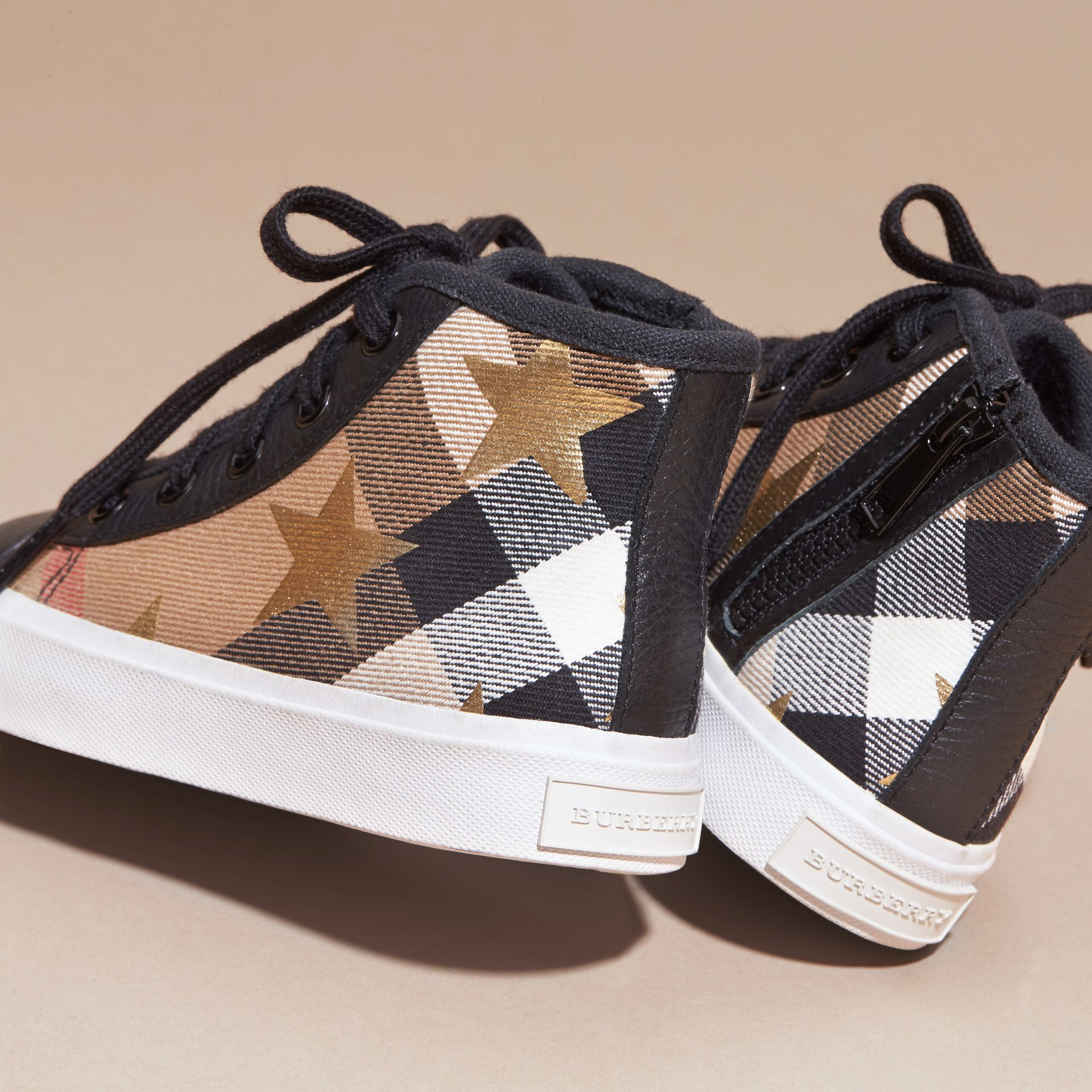 House check/black House Check and Star Print High-top Trainers - gallery image 4
