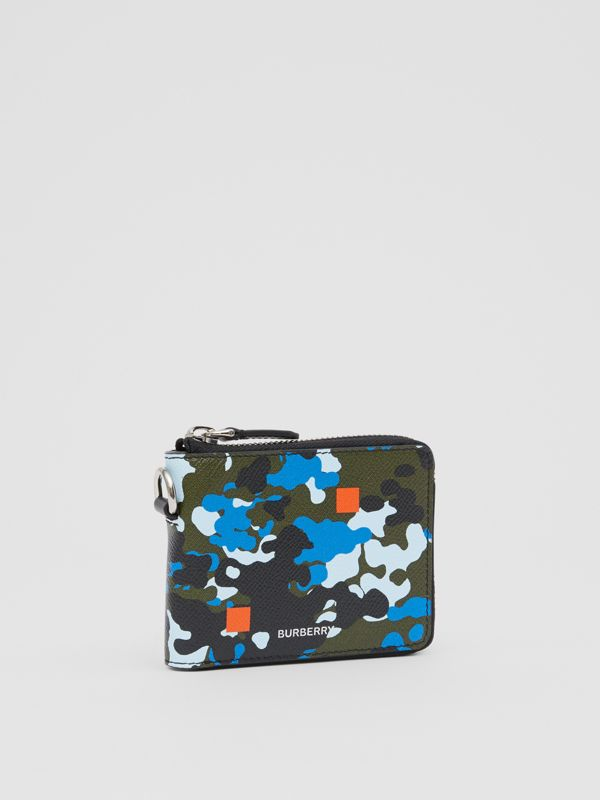 Camouflage Print Grainy Leather Ziparound Wallet in Blue - Men | Burberry United Kingdom - cell image 3