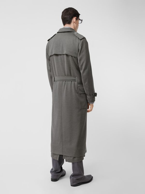 Cargo Pocket Detail Cashmere Silk Trench Coat in Cloud Grey - Men | Burberry - cell image 2