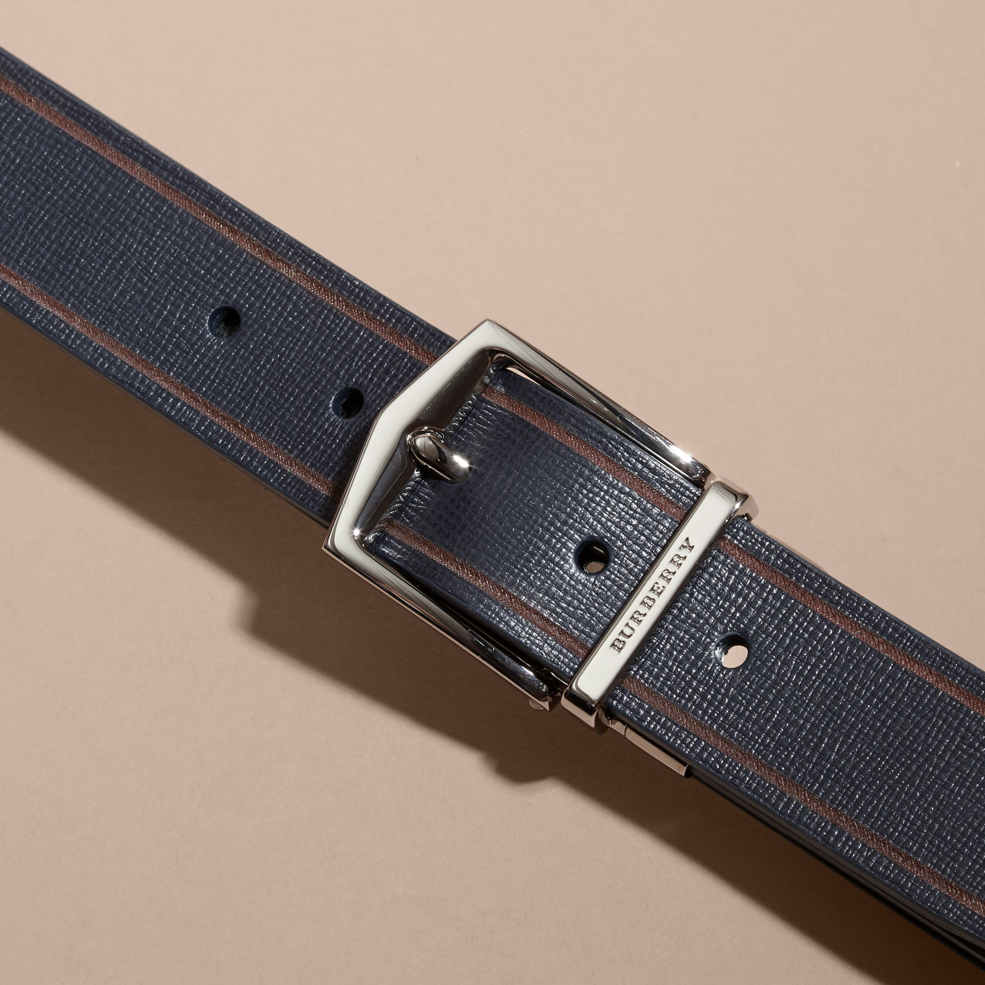 Reversible Border Detail London Leather Belt Dark Navy/black - gallery image 2