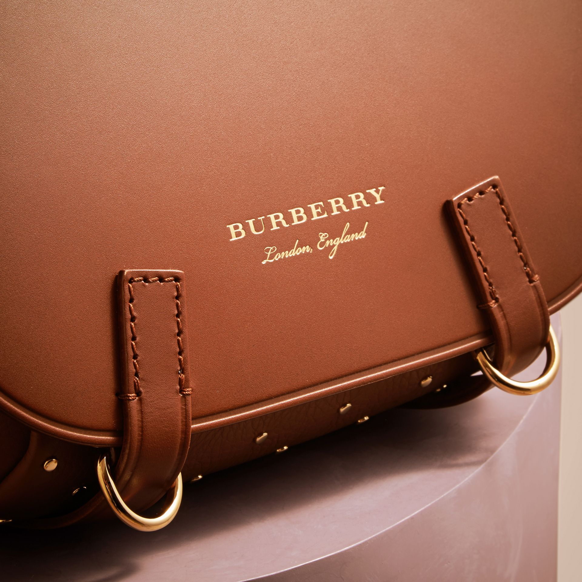 Tan The Bridle Bag in Leather and Rivets - gallery image 2