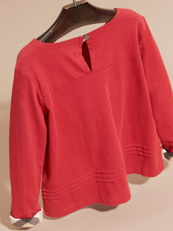 Long-sleeved Pleat Detail Check Cotton T-Shirt in Parade Red - cell image 3