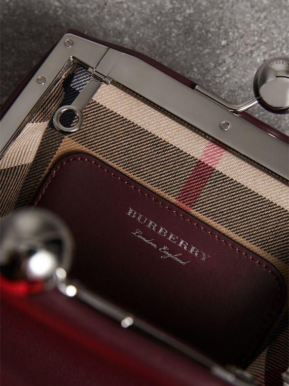 Small Leather Metal Frame Clutch Bag in Burgundy - Women | Burberry - cell image 3