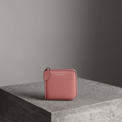 GRAINY LEATHER SQUARE ZIPAROUND WALLET