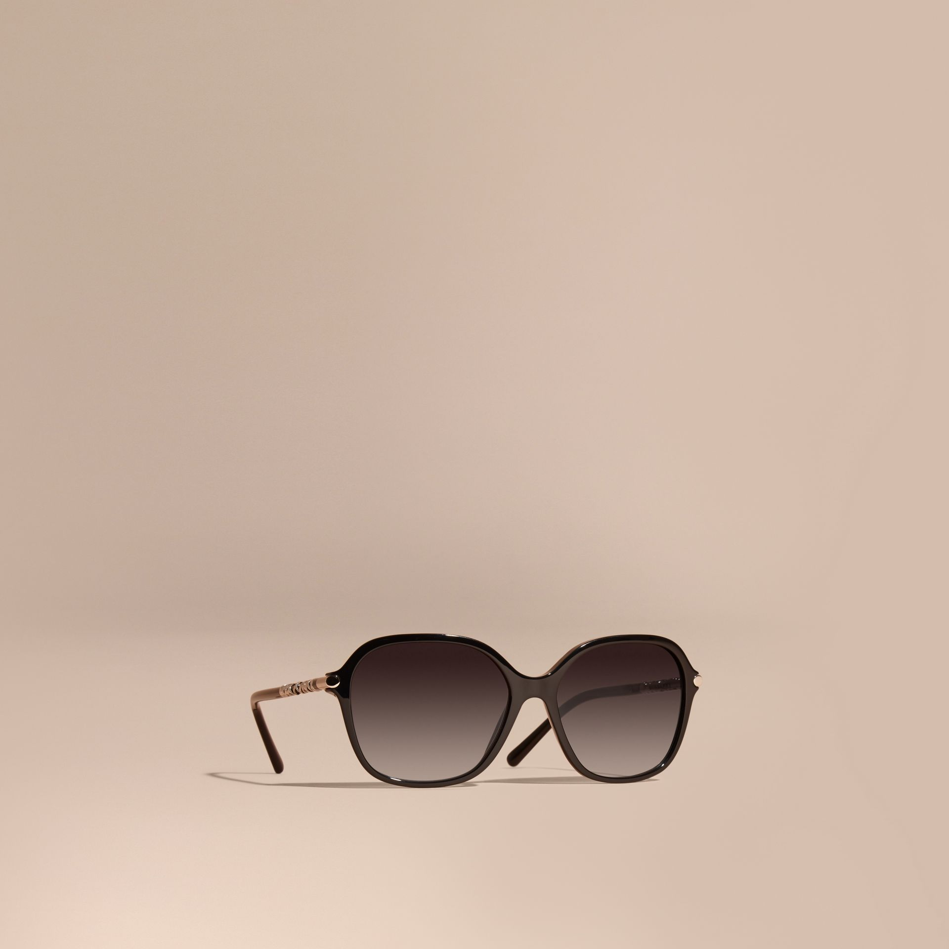 Black Check Detail Round Frame Sunglasses Black - gallery image 1