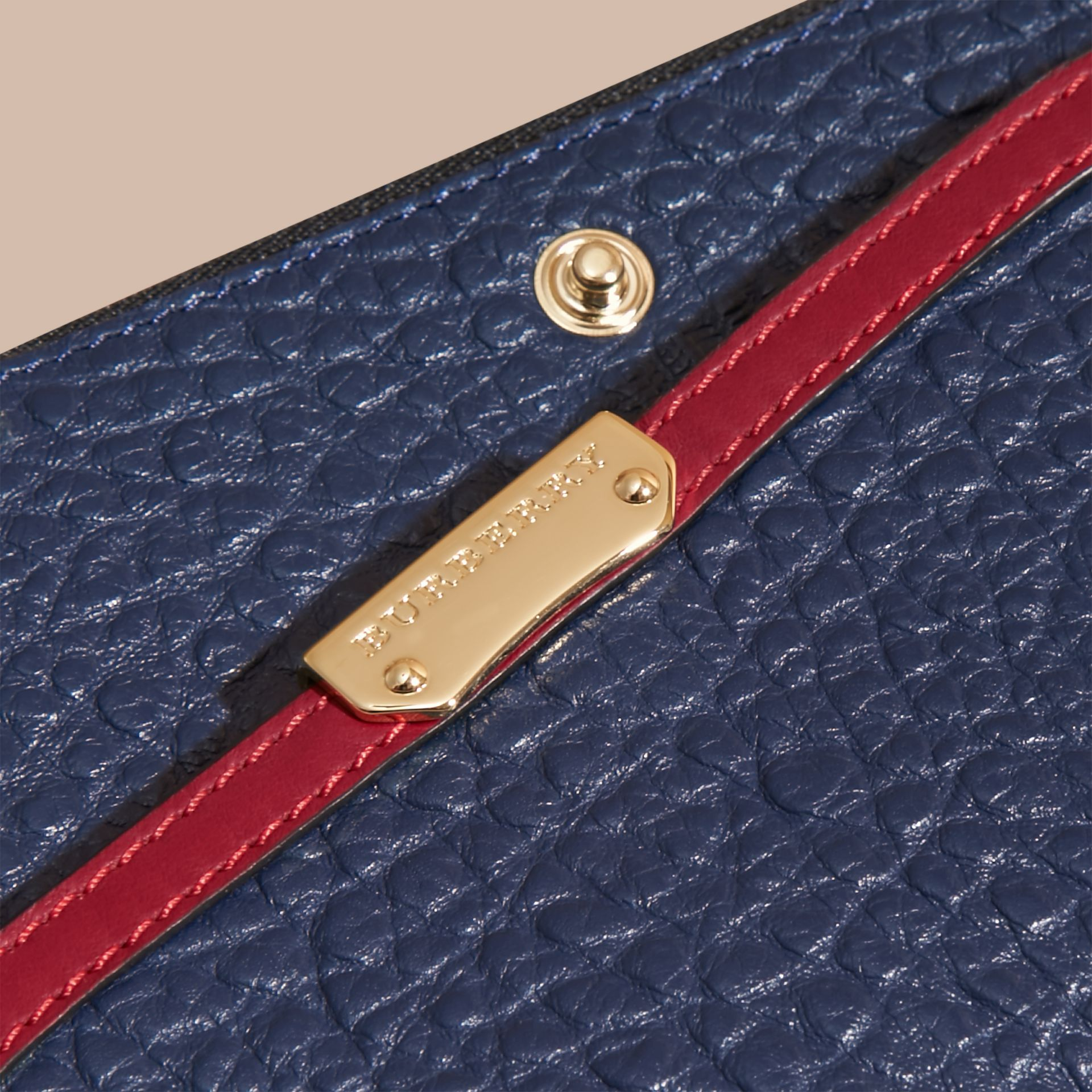 Blue carbon/parade red Border Detail Signature Grain Leather Ziparound Wallet - gallery image 2