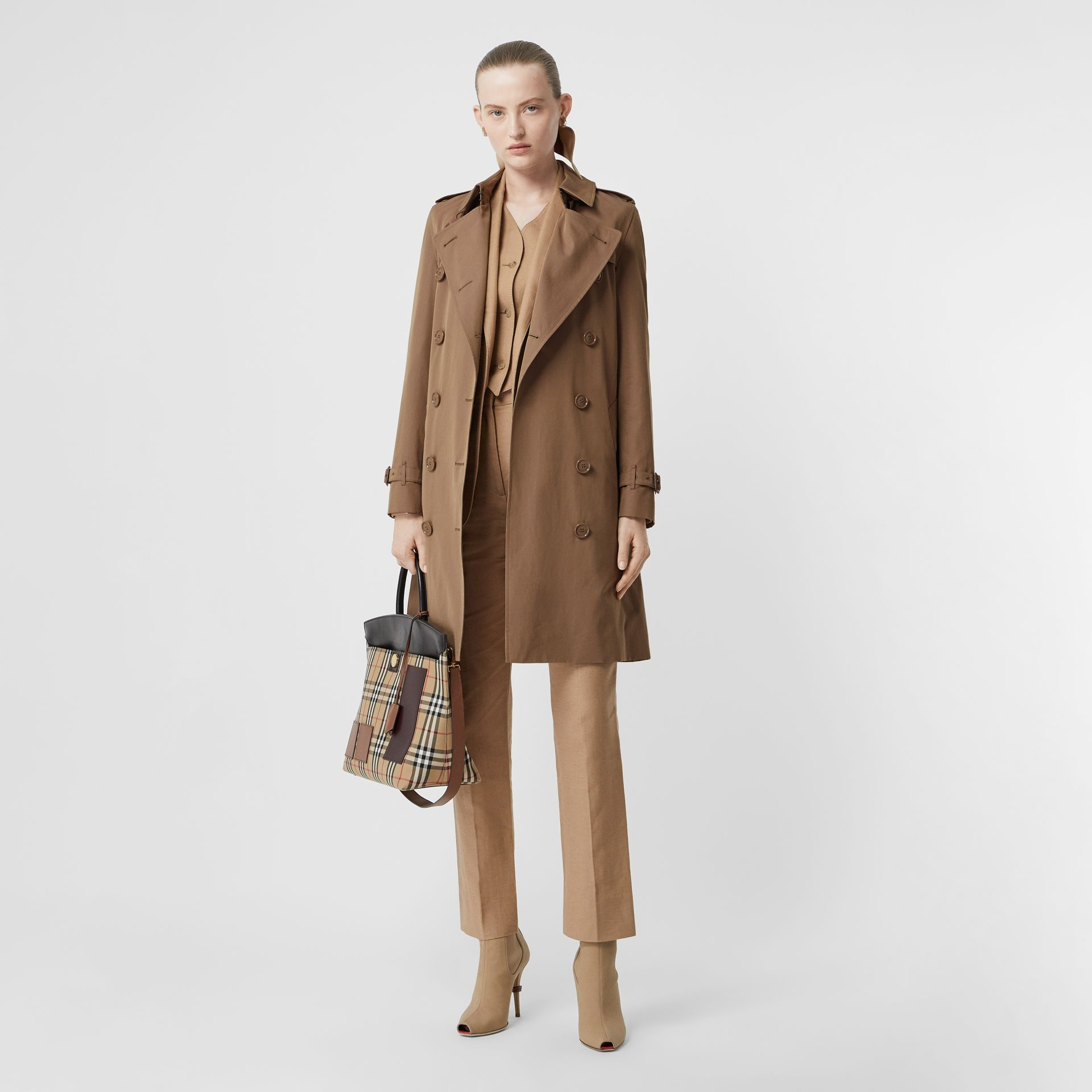 Trench en gabardine tropicale (Taupe) - Femme | Burberry - photo de la galerie 0