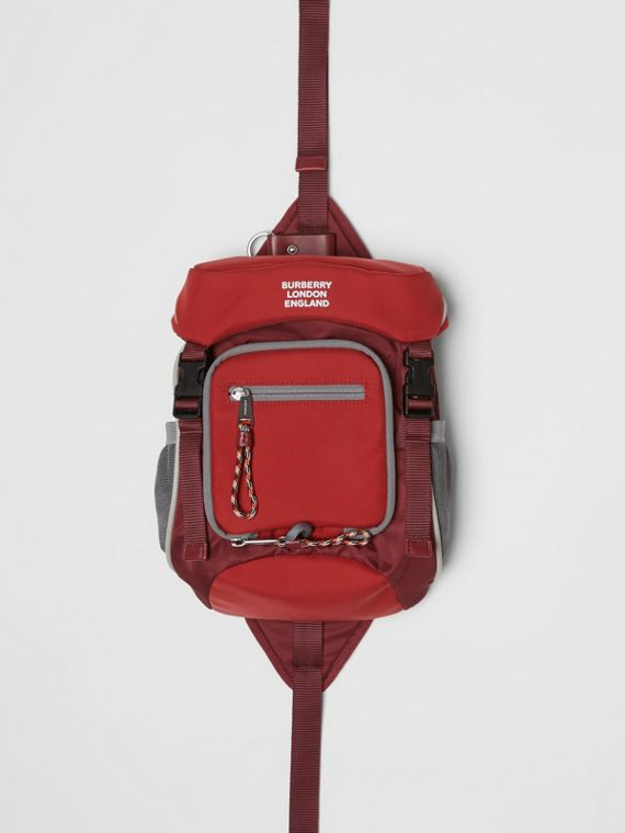 Logo Print Nylon Leo Belt Pack in Bright Red
