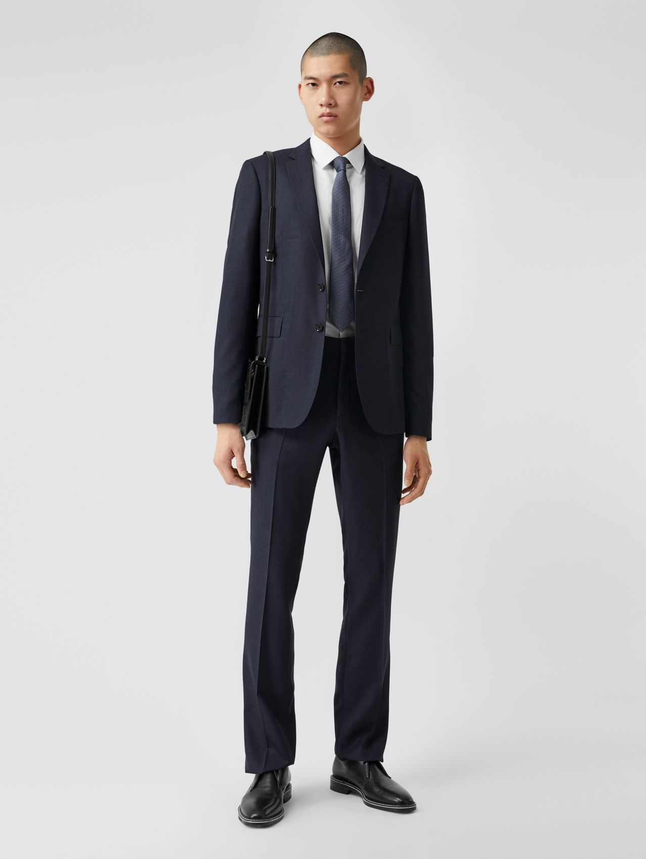 Slim Fit Wool Suit in Navy Melange