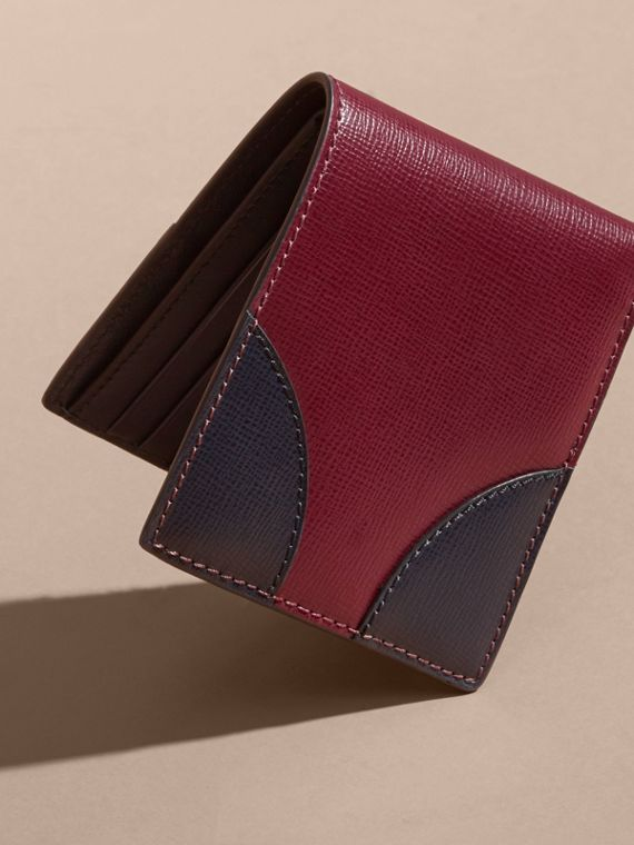 Two-tone London Leather International Bifold Wallet in Burgundy Red - cell image 2