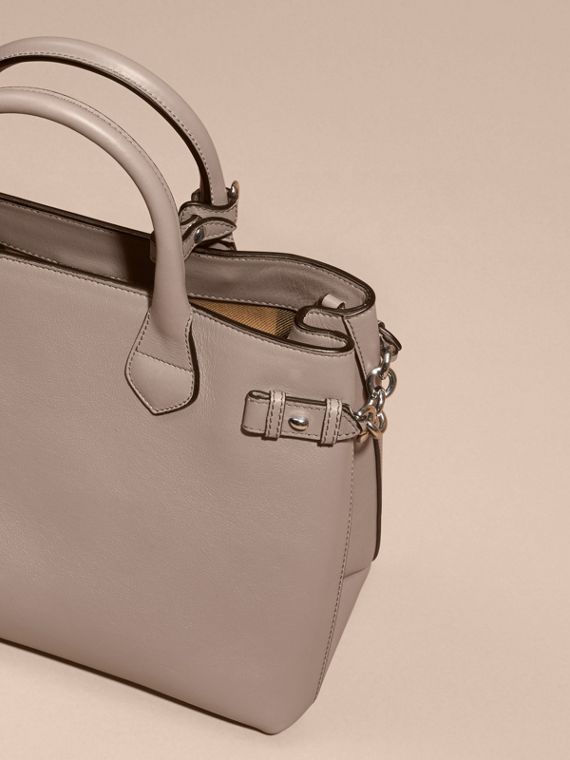 The Medium Banner in Leather with Chain Detail - Women | Burberry - cell image 3