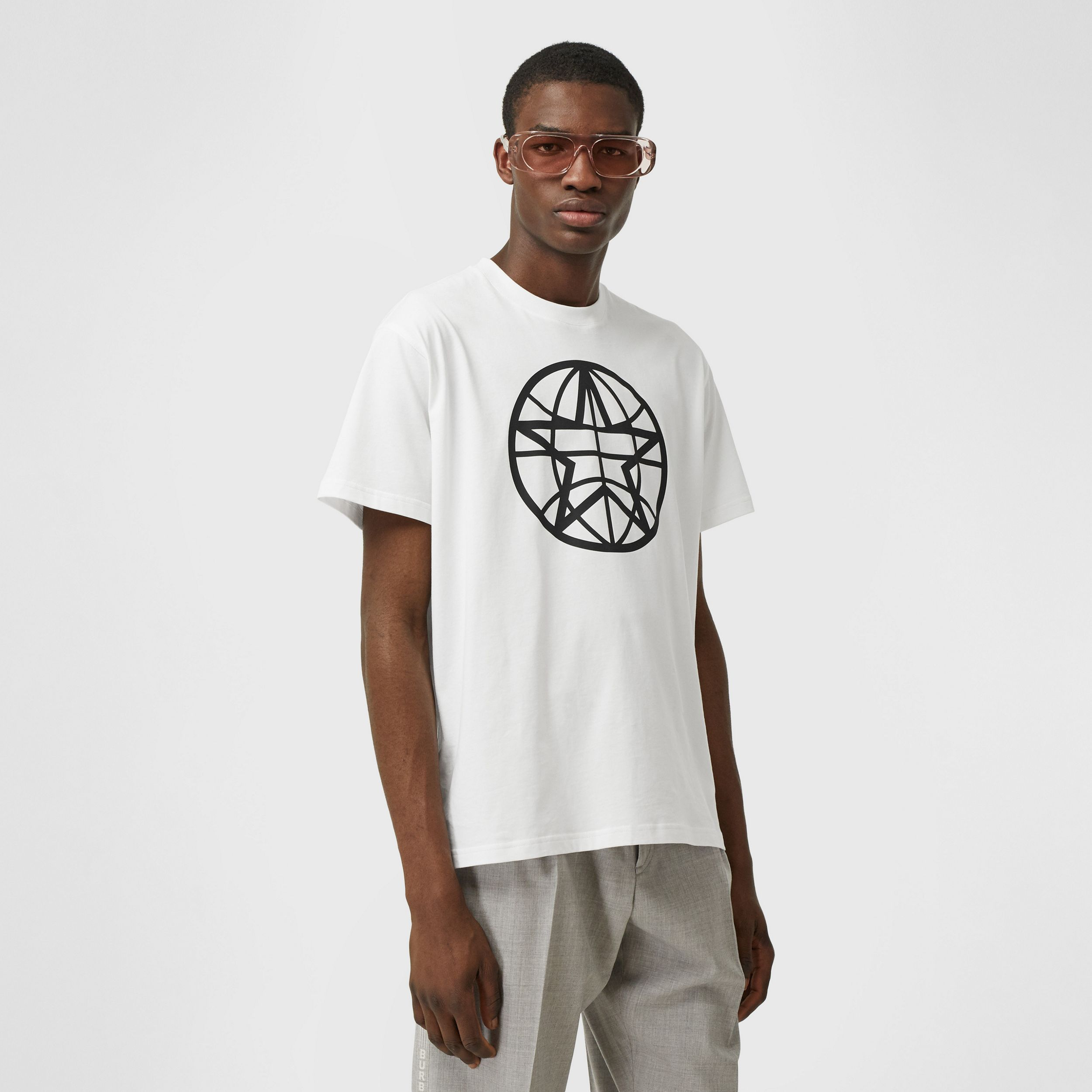 Globe Graphic Cotton Oversized T-shirt in White - Men | Burberry - 1