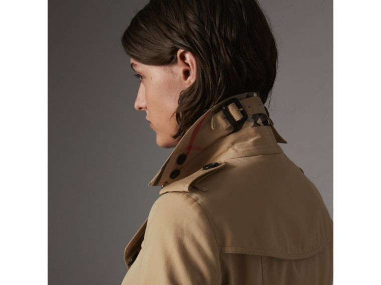 The Sandringham – Long Trench Coat in Honey - Women | Burberry Australia - cell image 1