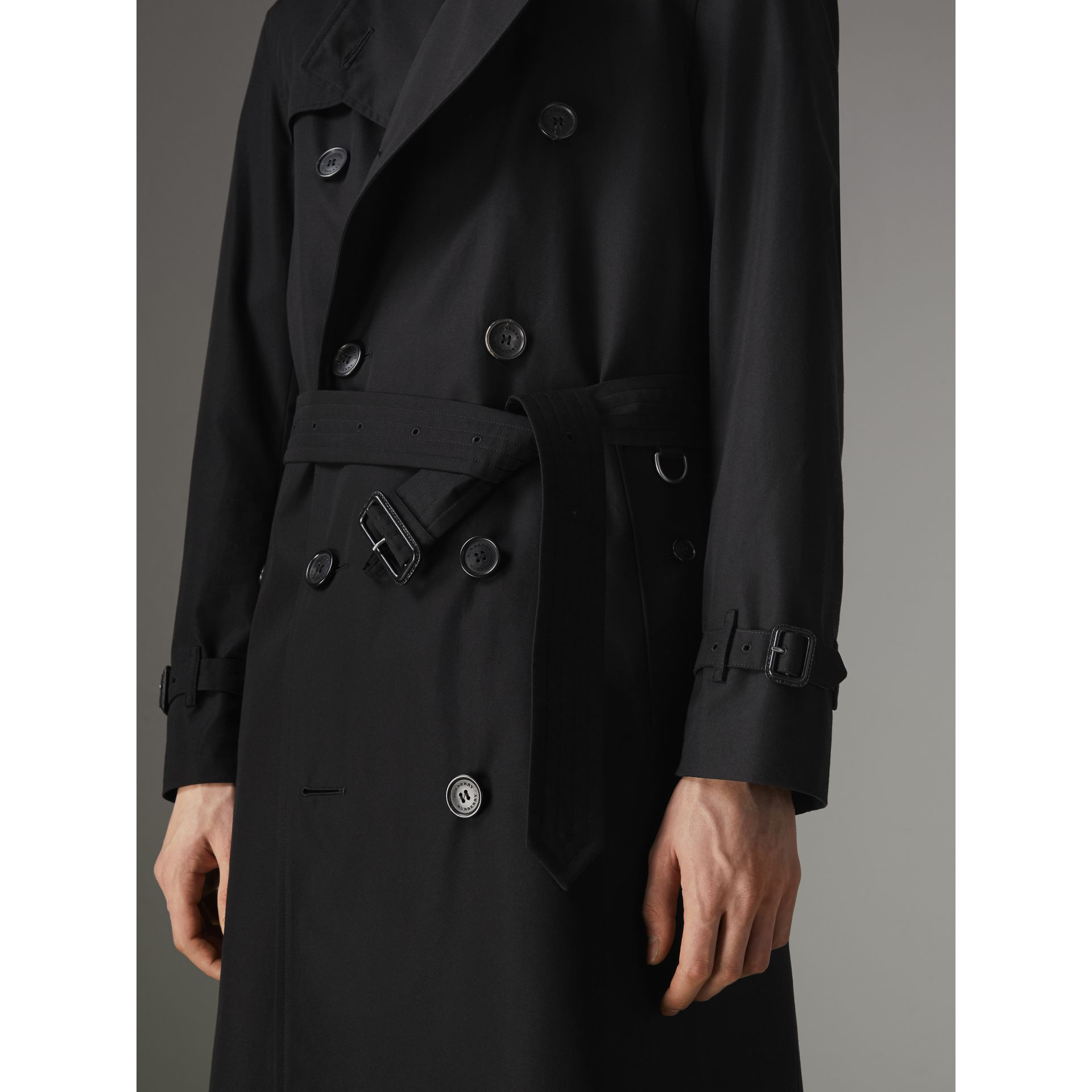 The Chelsea – Trench Heritage long (Noir) - Homme | Burberry Canada - photo de la galerie 5