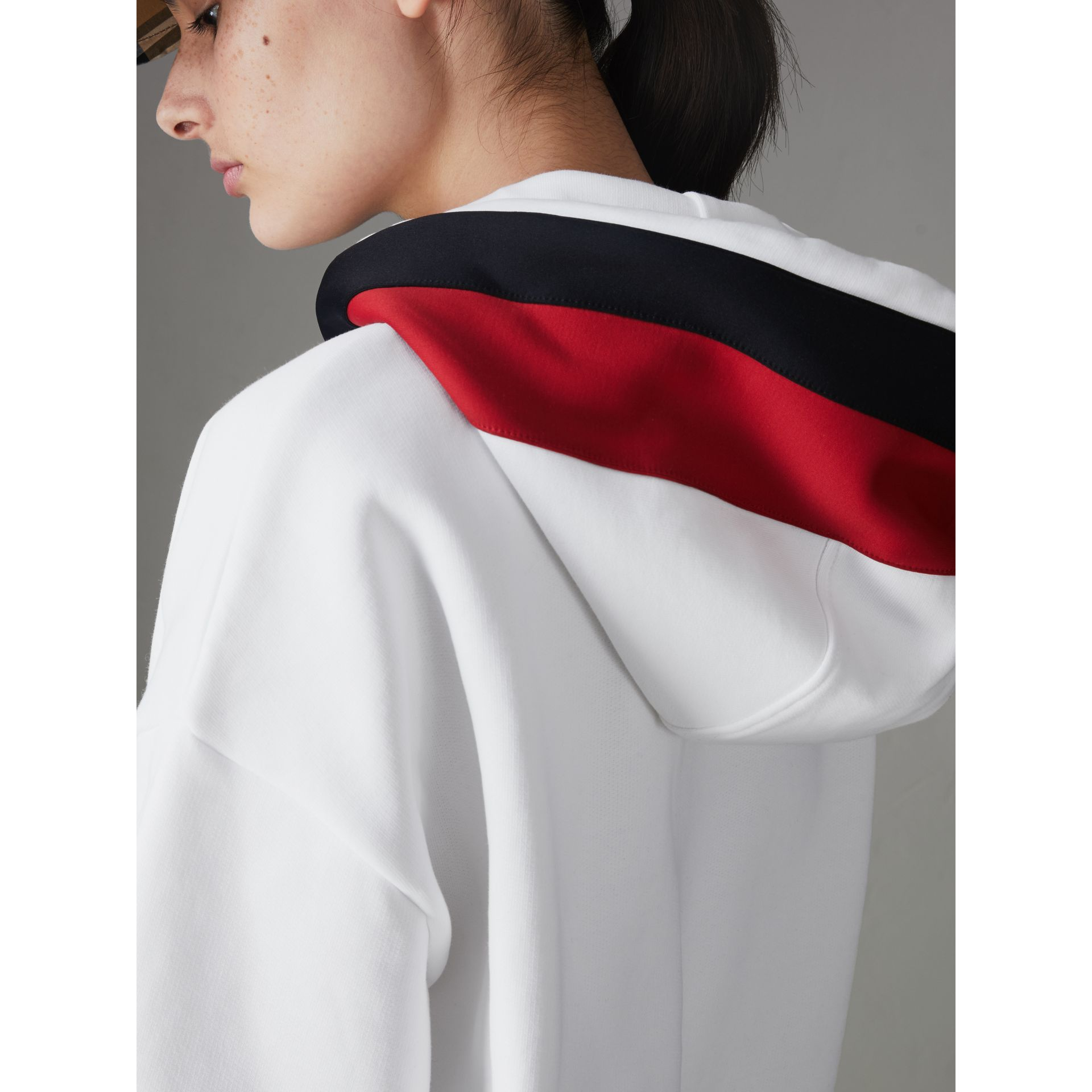 Stripe Detail Jersey Hoodie in White - Women | Burberry Canada - gallery image 4