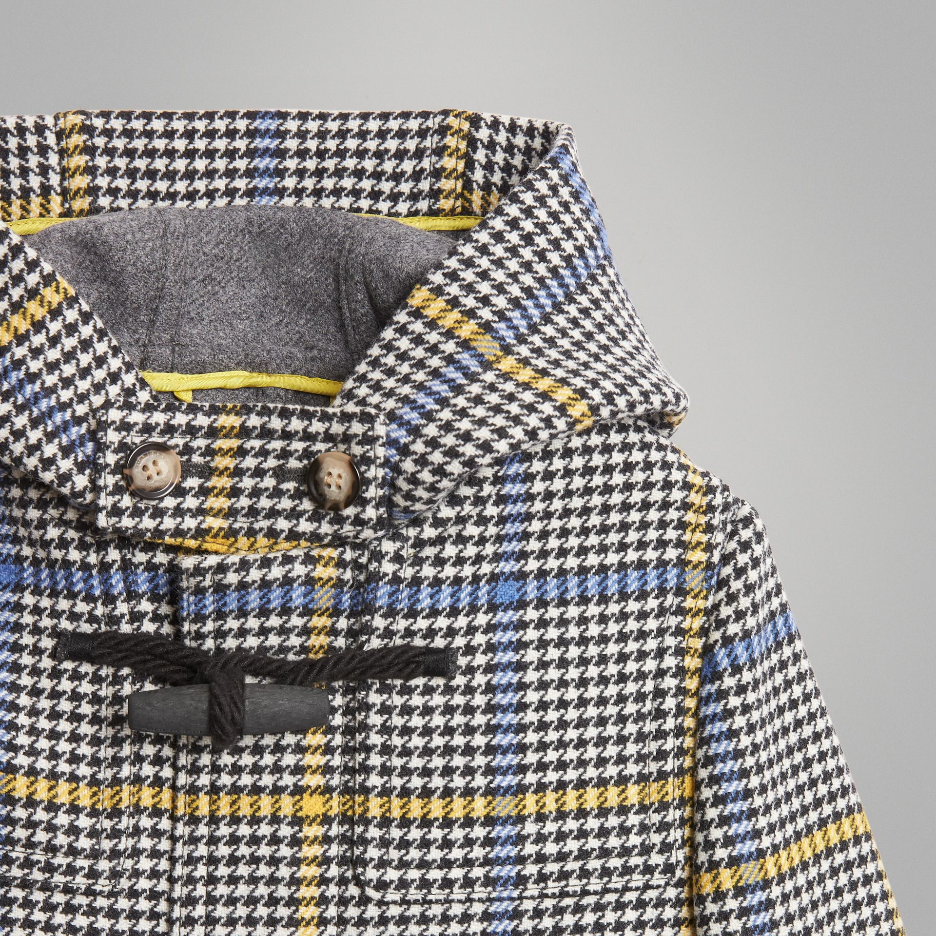 Houndstooth Check Wool Cashmere Duffle Coat in Parchment | Burberry Singapore - gallery image 4