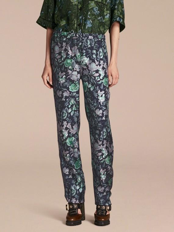 Pantaloni in twill di seta in stile pigiama con stampa floreale