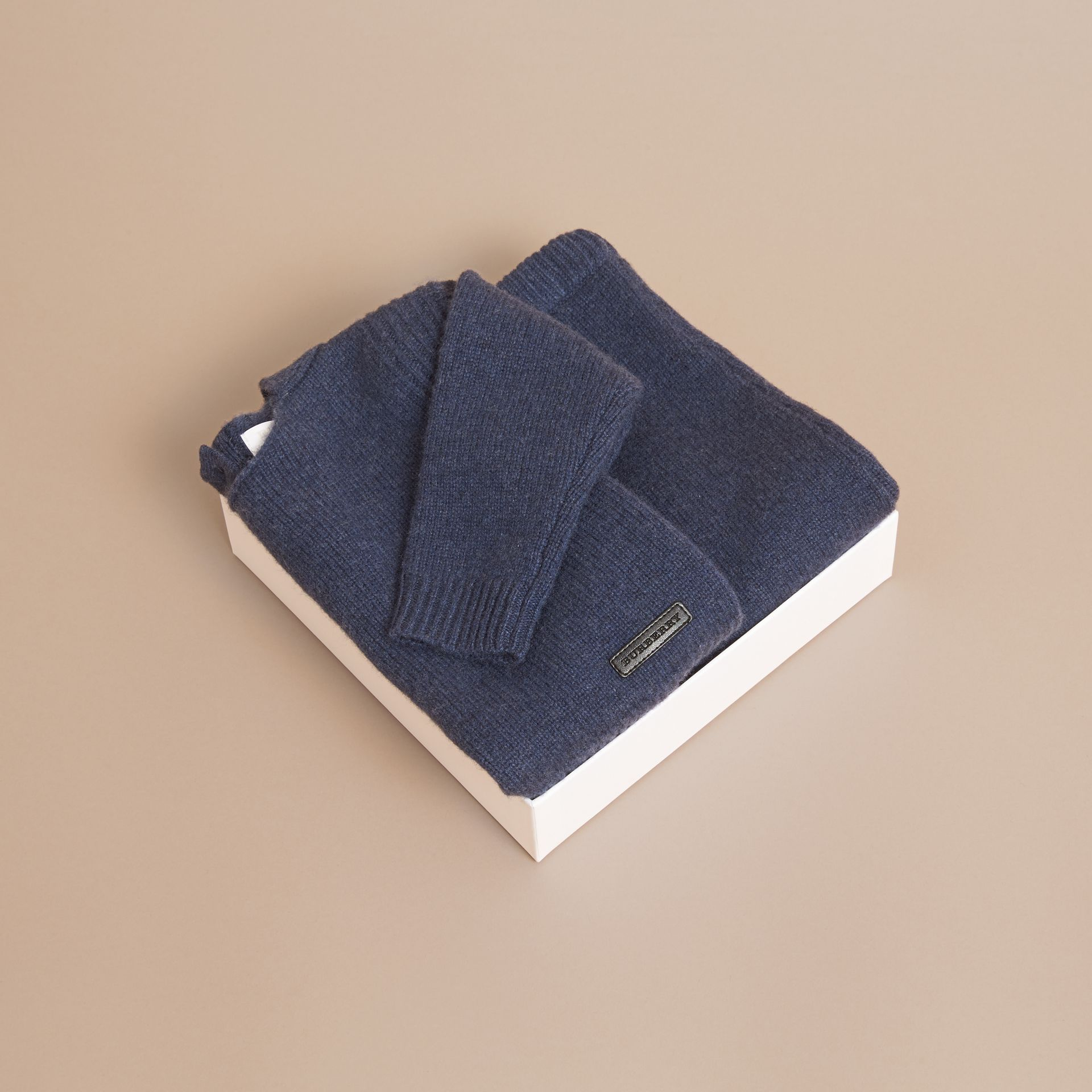 Cashmere Two-piece Baby Gift Set in Mineral Blue | Burberry - gallery image 4
