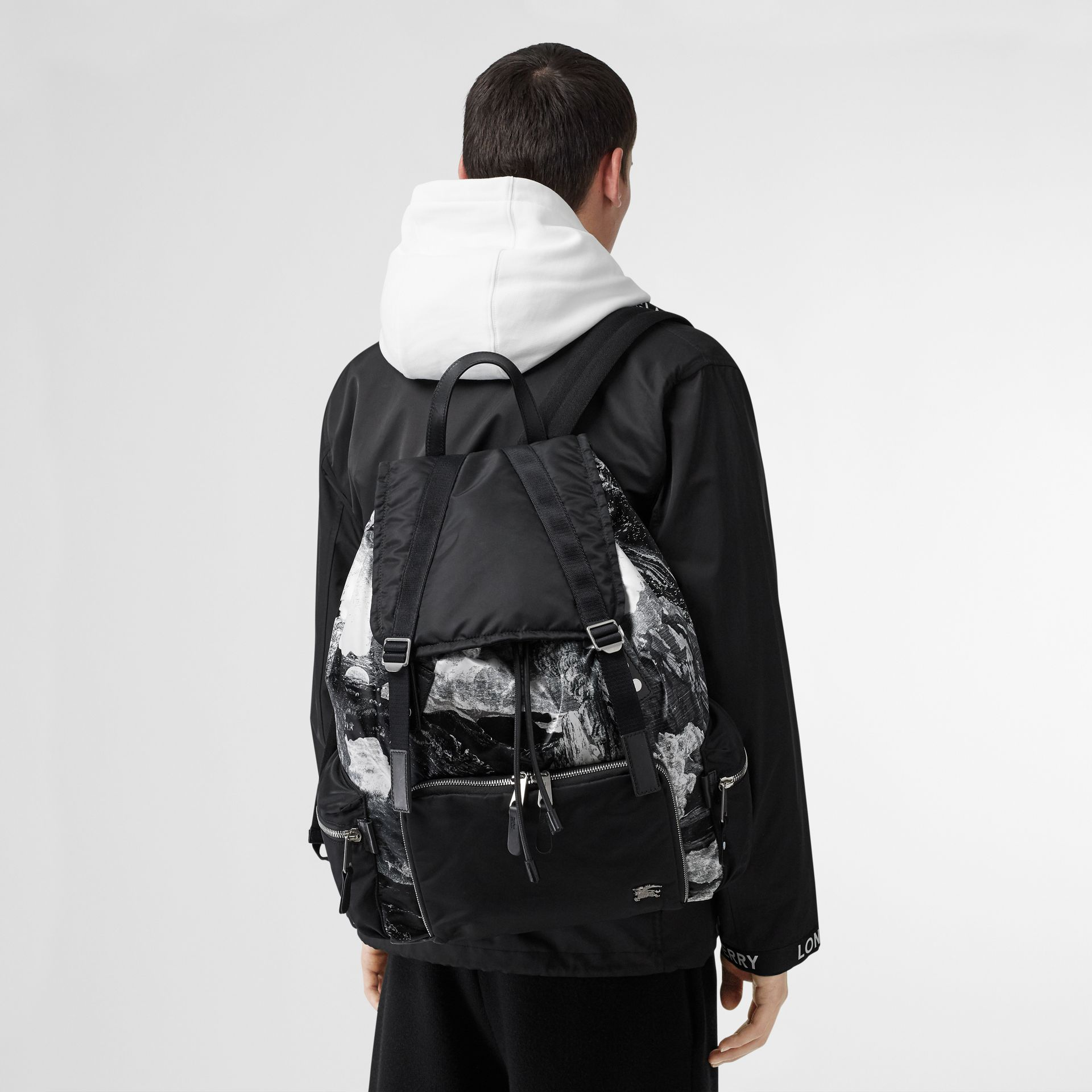 The Extra Large Rucksack in Dreamscape Print in Black/white - Men | Burberry Singapore - gallery image 2