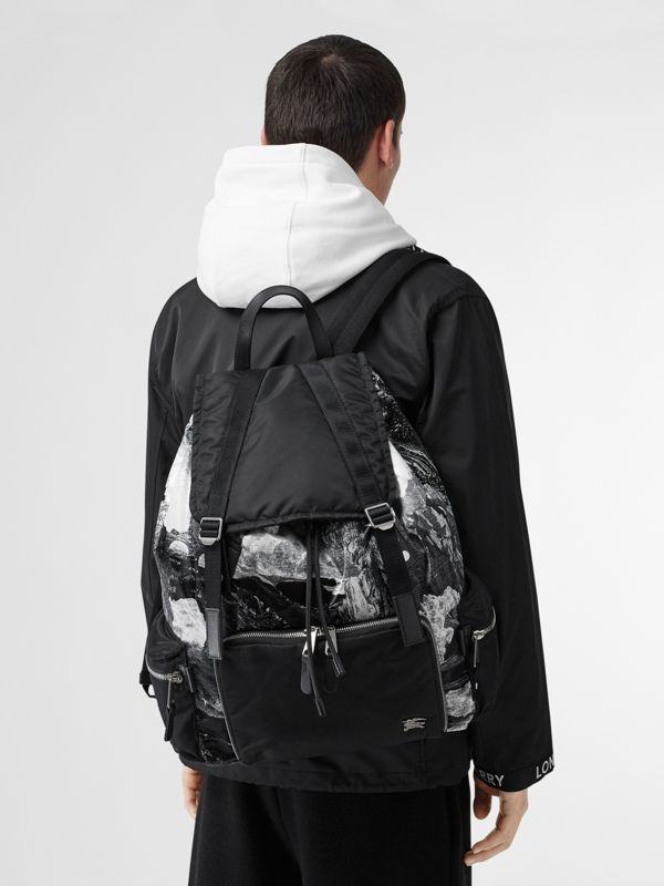 The Extra Large Rucksack in Dreamscape Print in Black/white - Men | Burberry United Kingdom - cell image 2