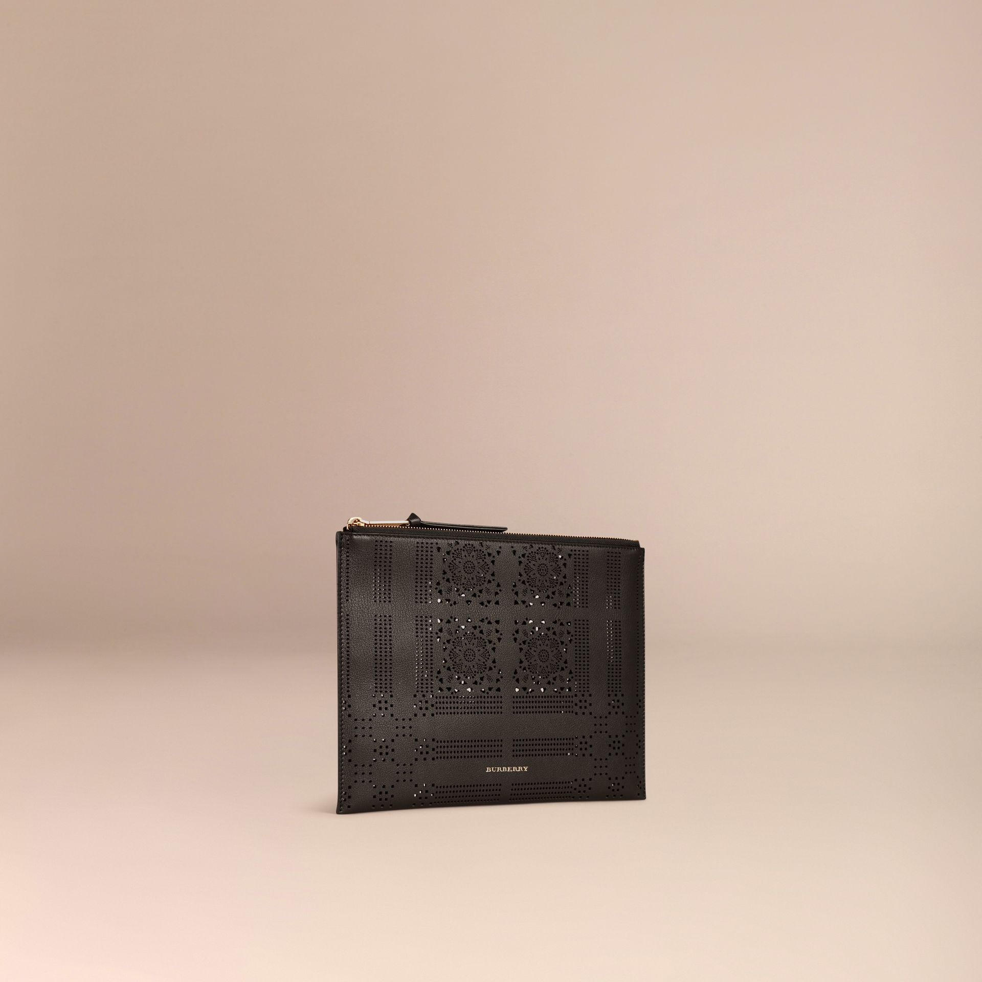 Black Extra-large Laser-cut Lace Leather Beauty Wallet - gallery image 3