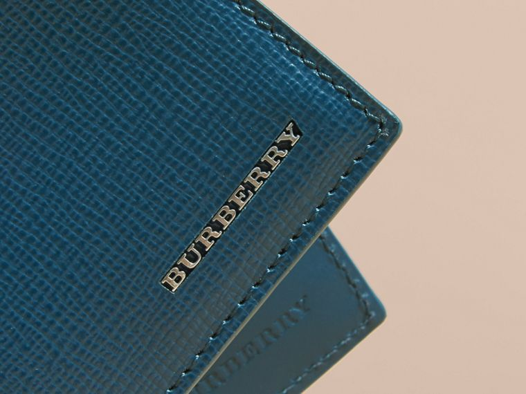 London Leather Slim Folding Wallet Mineral Blue - cell image 4