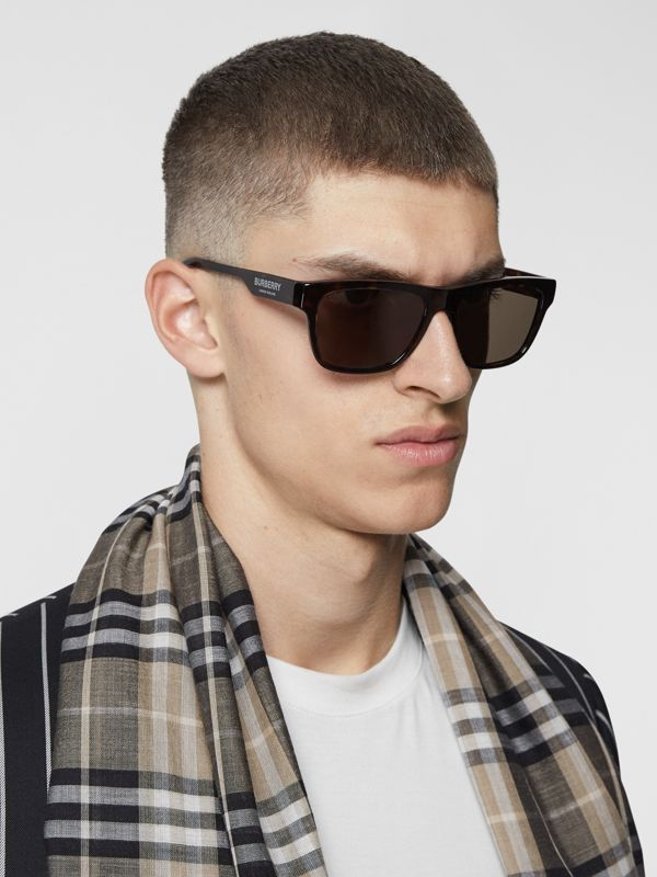 Square Frame Sunglasses in Tortoiseshell - Men | Burberry Hong Kong S.A.R - cell image 2