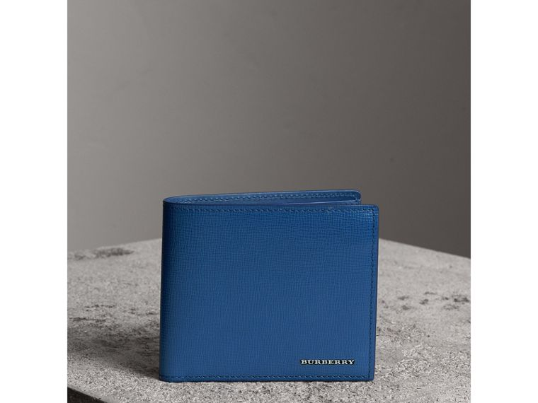 London Leather International Bifold Wallet in Deep Blue | Burberry Hong Kong - cell image 4