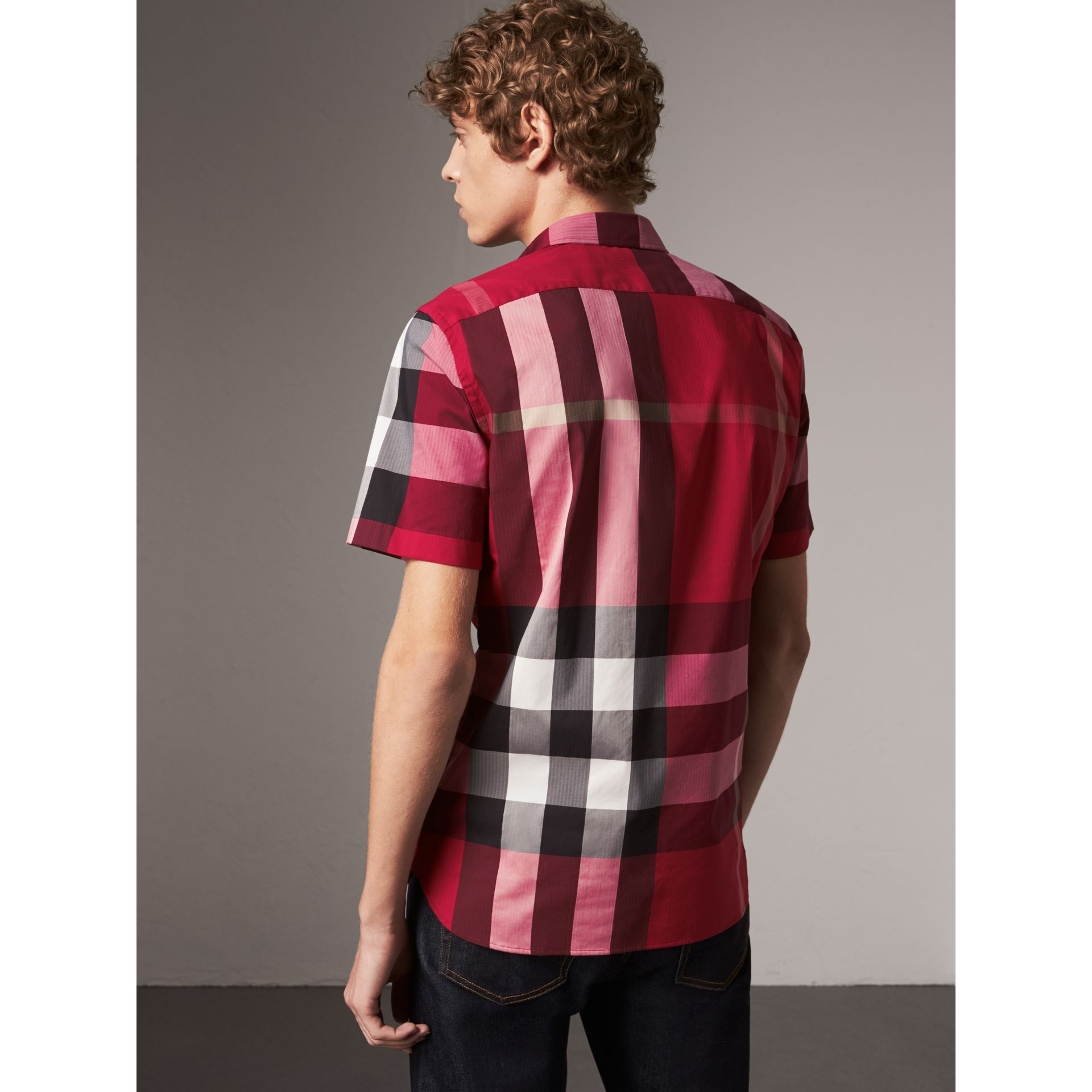 Short-sleeve Check Stretch Cotton Blend Shirt in Parade Red - Men | Burberry - gallery image 3