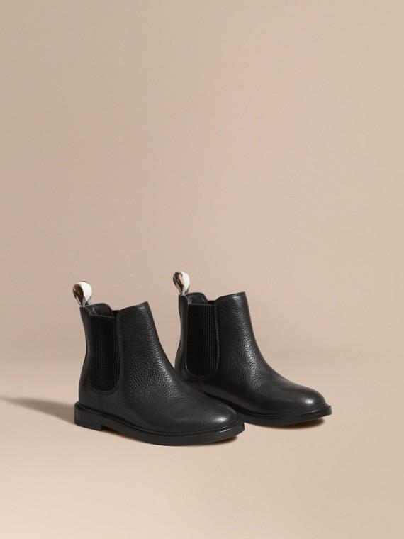 Botas Chelsea de couro granulado