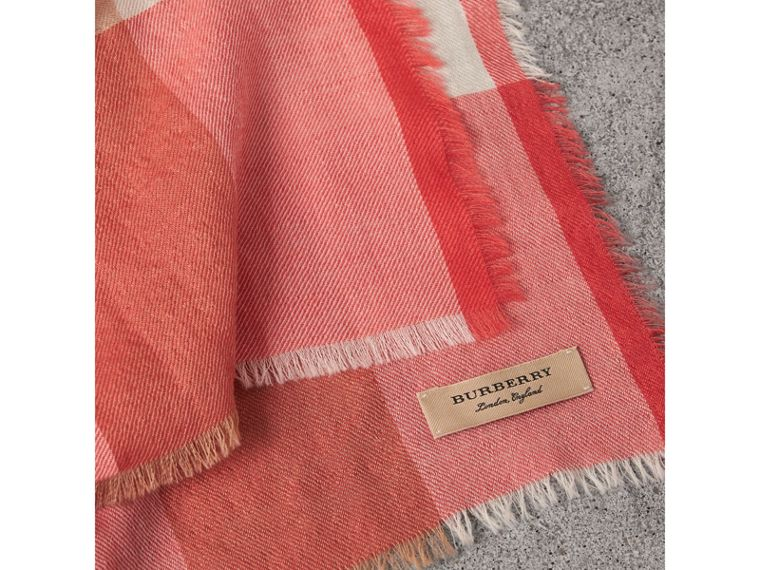 The Lightweight Check Cashmere Scarf in Bright Coral | Burberry - cell image 1