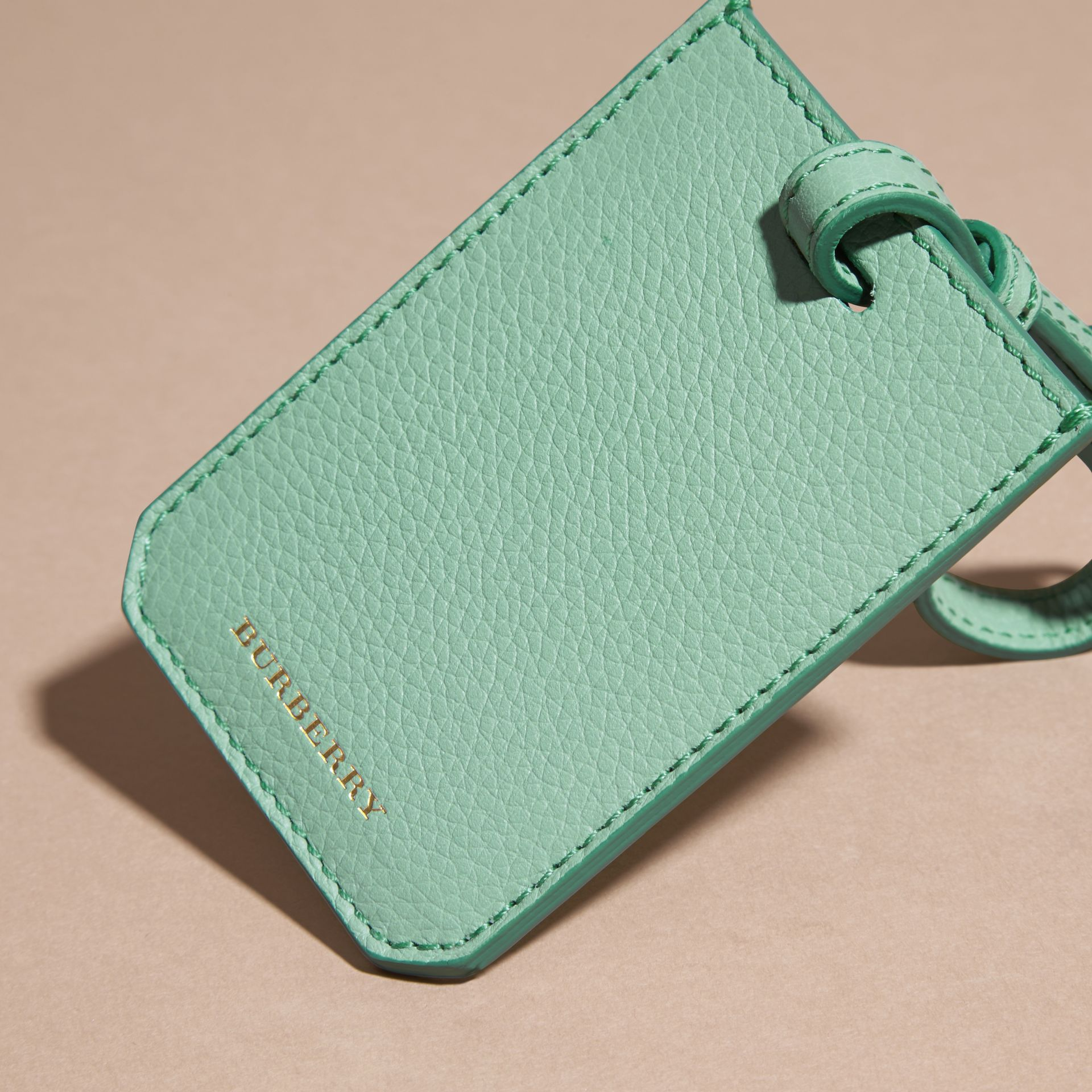 Light mint Grainy Leather Luggage Tag Light Mint - gallery image 4