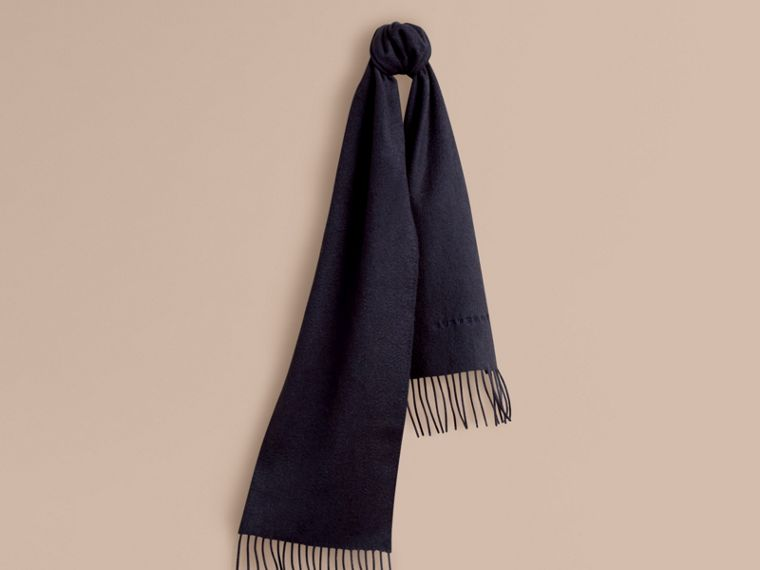 The Mini Classic Cashmere Scarf in Navy | Burberry Hong Kong - cell image 4
