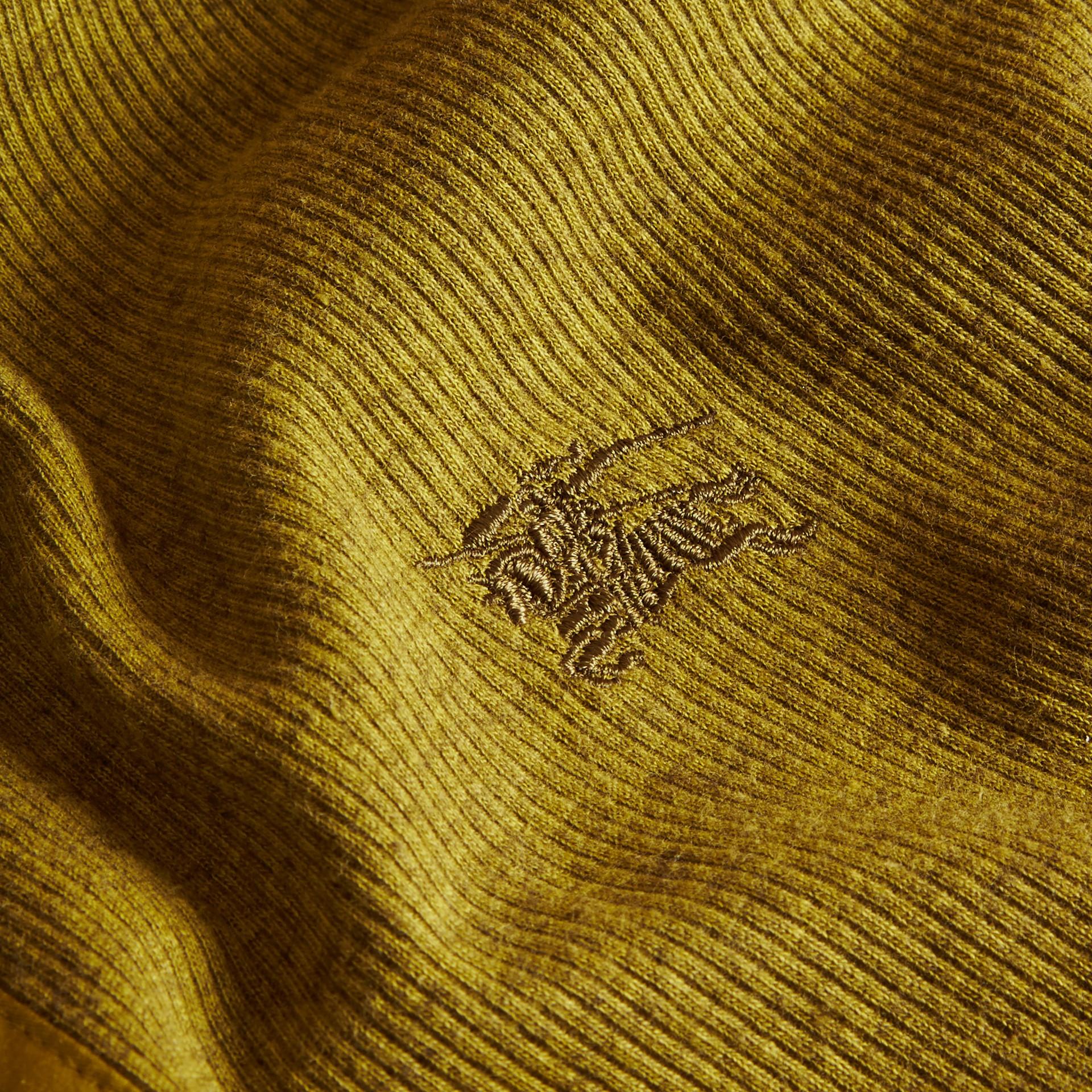 Olive green Camisa Henley de lã e algodão canelados Olive Green - galeria de imagens 2