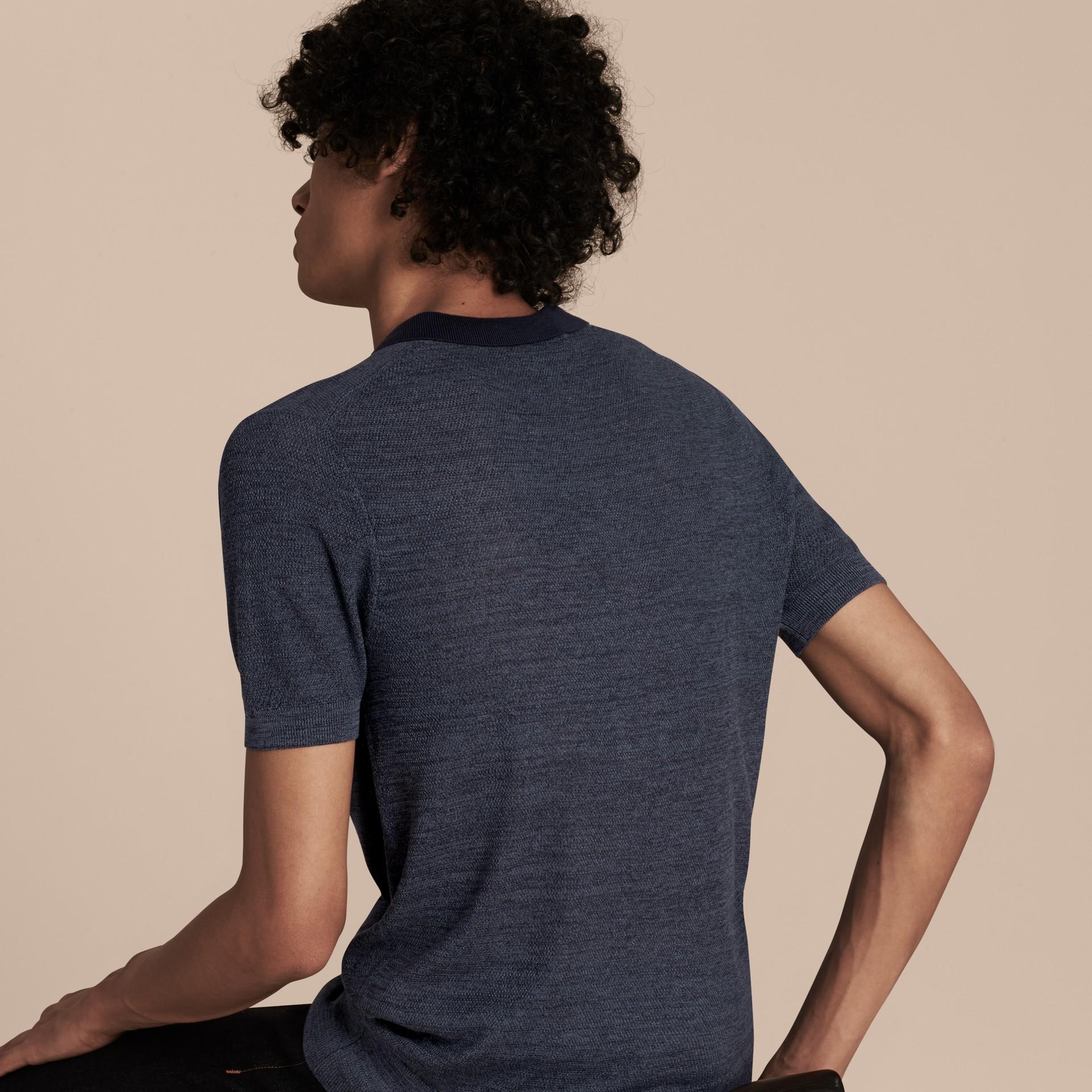 Bright steel blue Camisa polo de seda leve - galeria de imagens 2