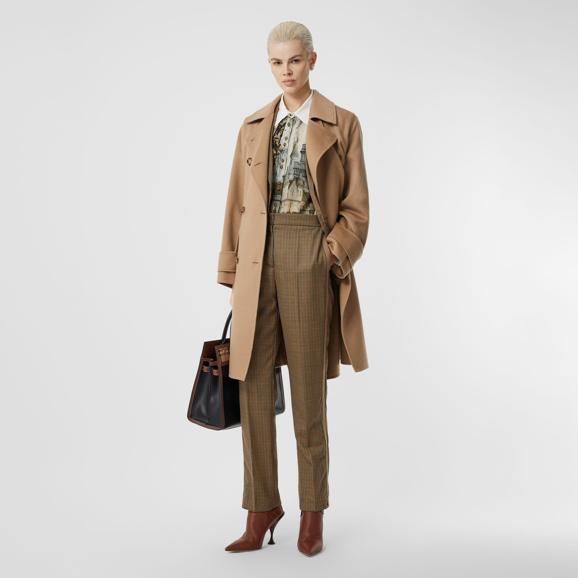 Double-faced Cashmere Oversized Coat in Light Camel - Women | Burberry United Kingdom - gallery image 0