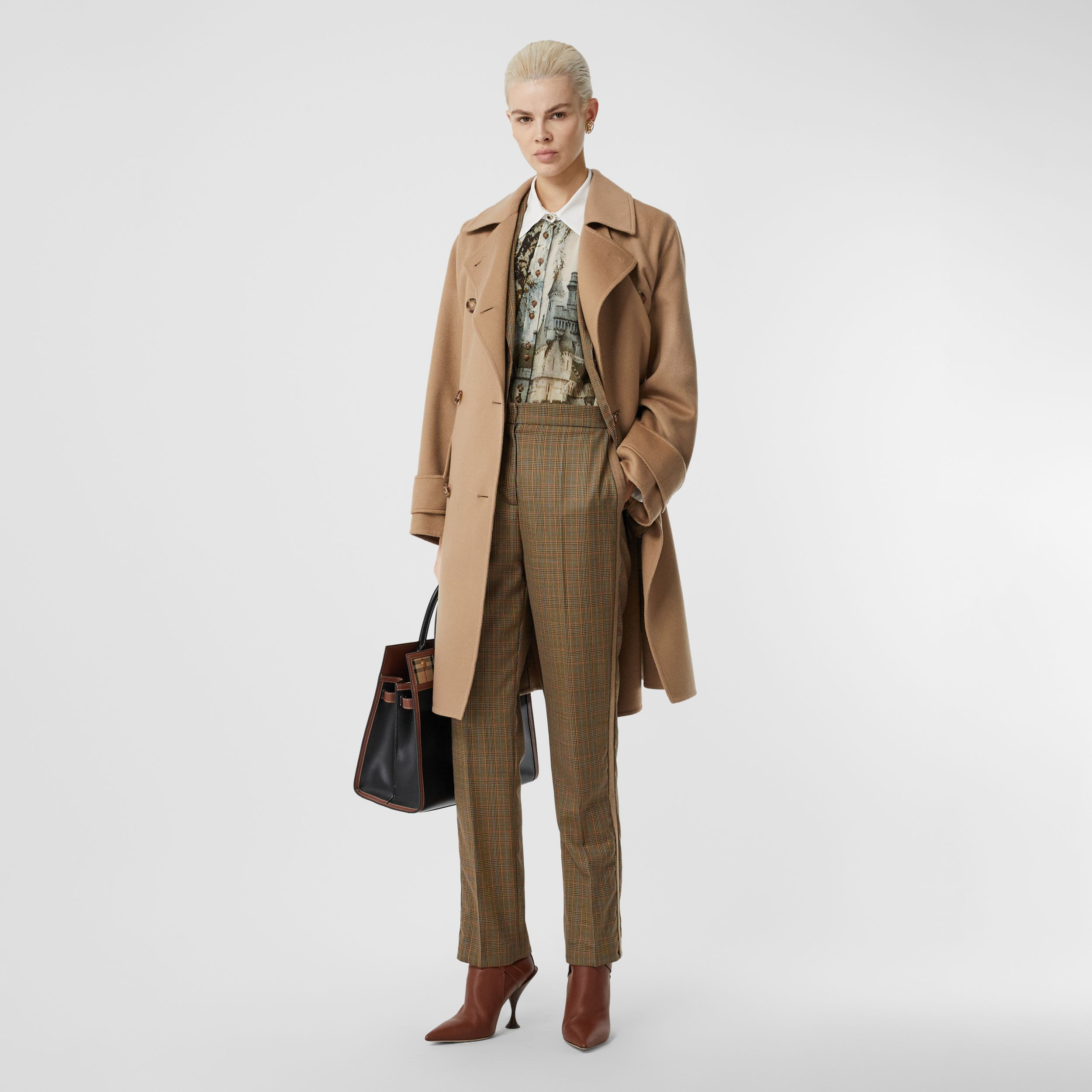 Double-faced Cashmere Oversized Coat in Light Camel - Women | Burberry United States - 1