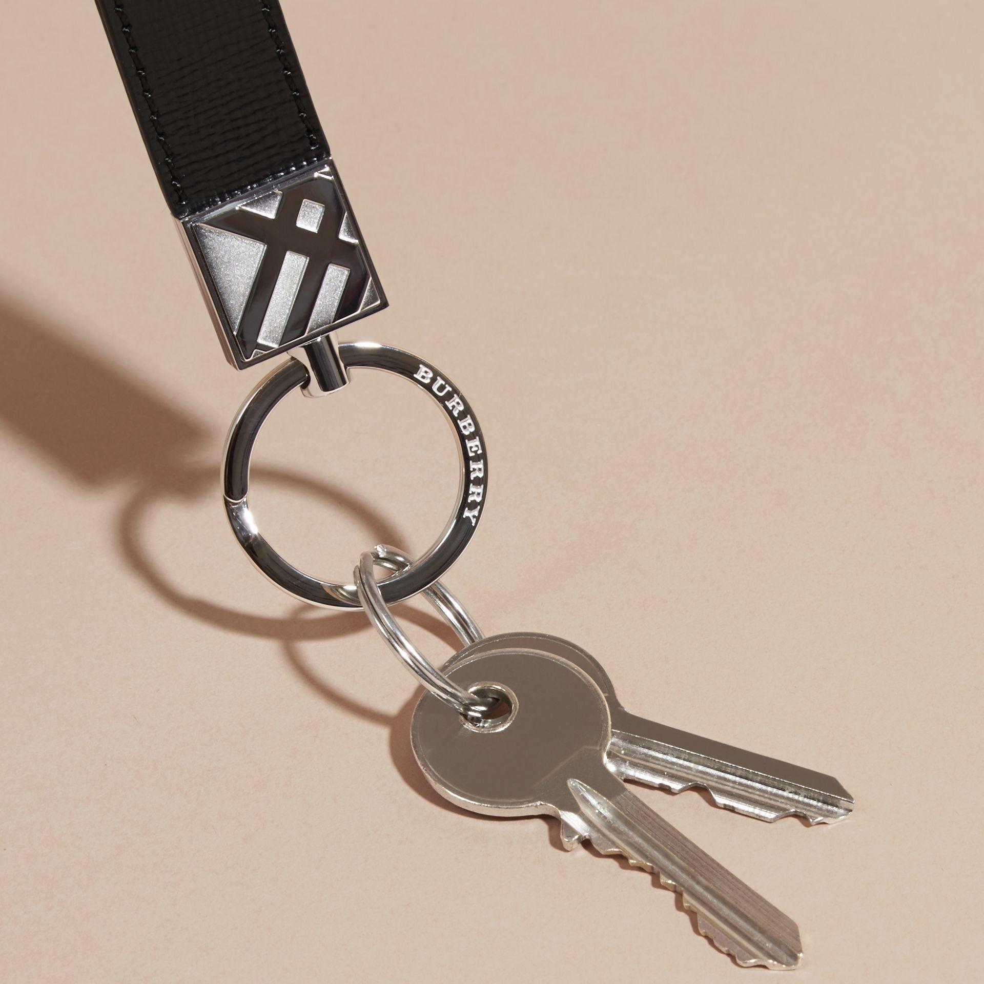 Black London Leather Key Ring Black - gallery image 3