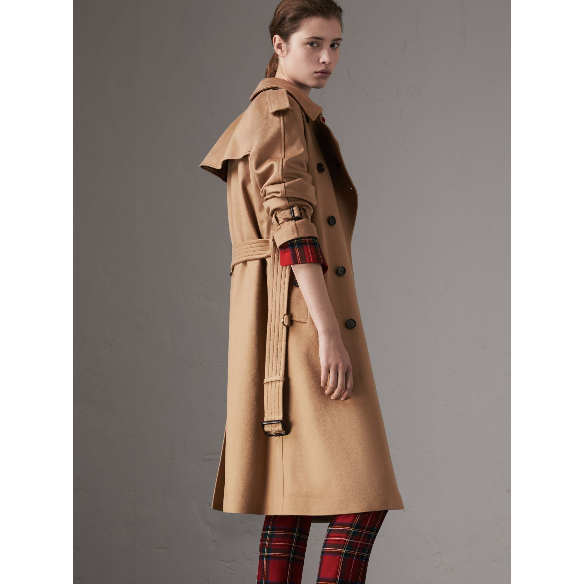 Cashmere Trench Coat in Camel - Women | Burberry Canada - gallery image 2