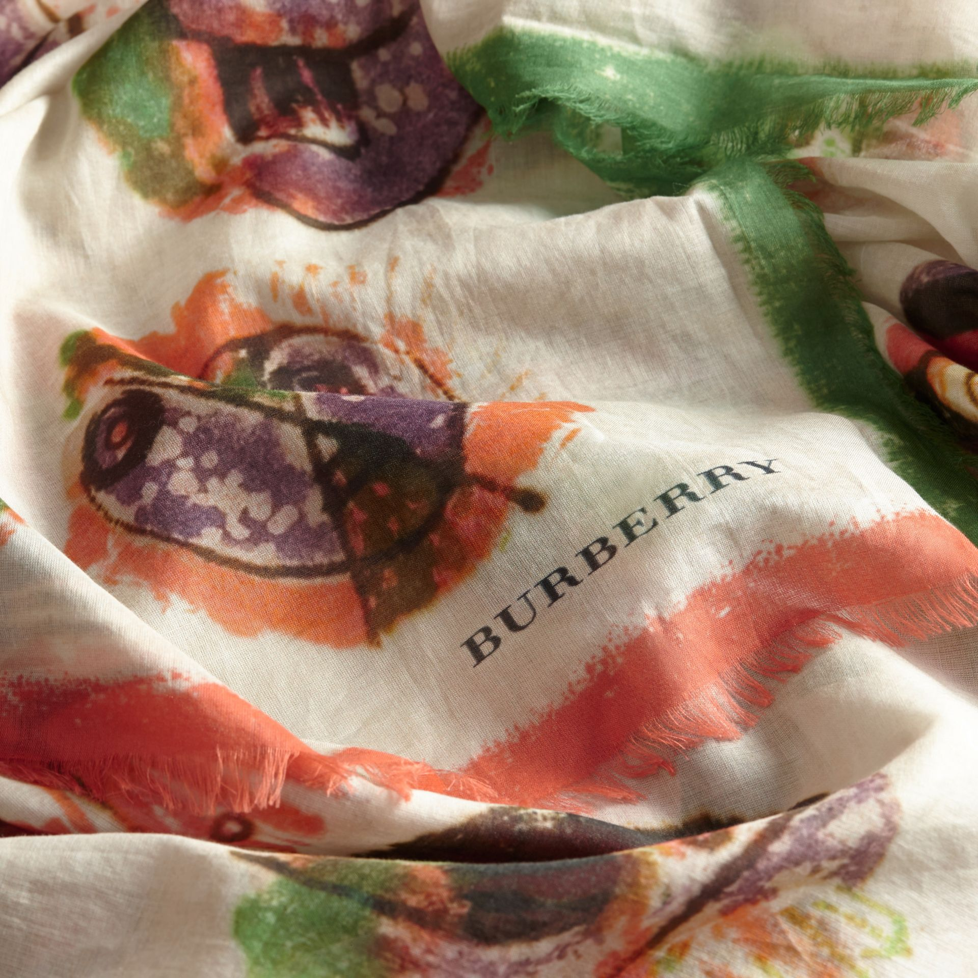 Pallas Heads Print Cotton Square – Large in Natural White - Women | Burberry Australia - gallery image 2