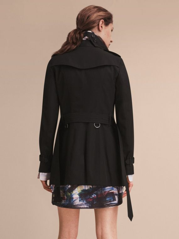 The Sandringham – Short Heritage Trench Coat Black - cell image 2