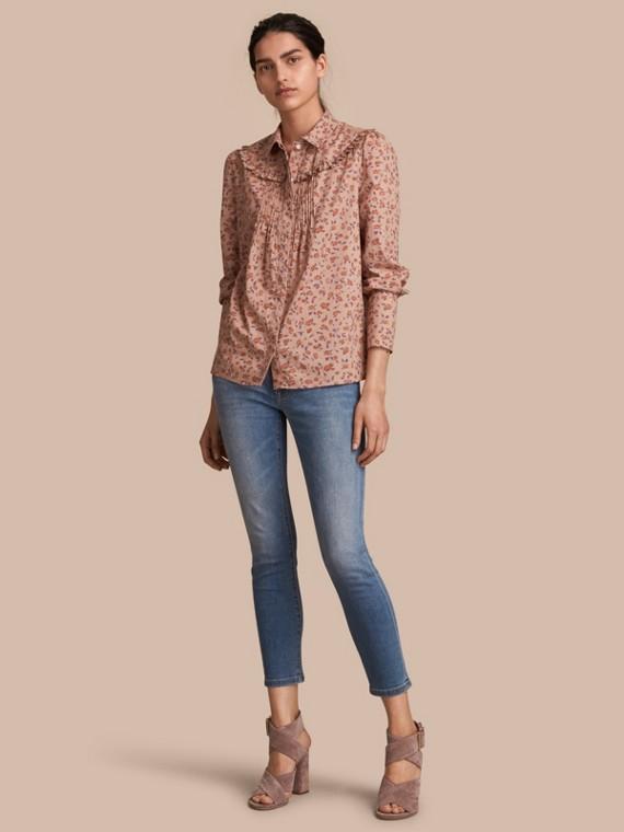 Camisa en algodón con estampado floral y volantes en el canesú Cobre Claro