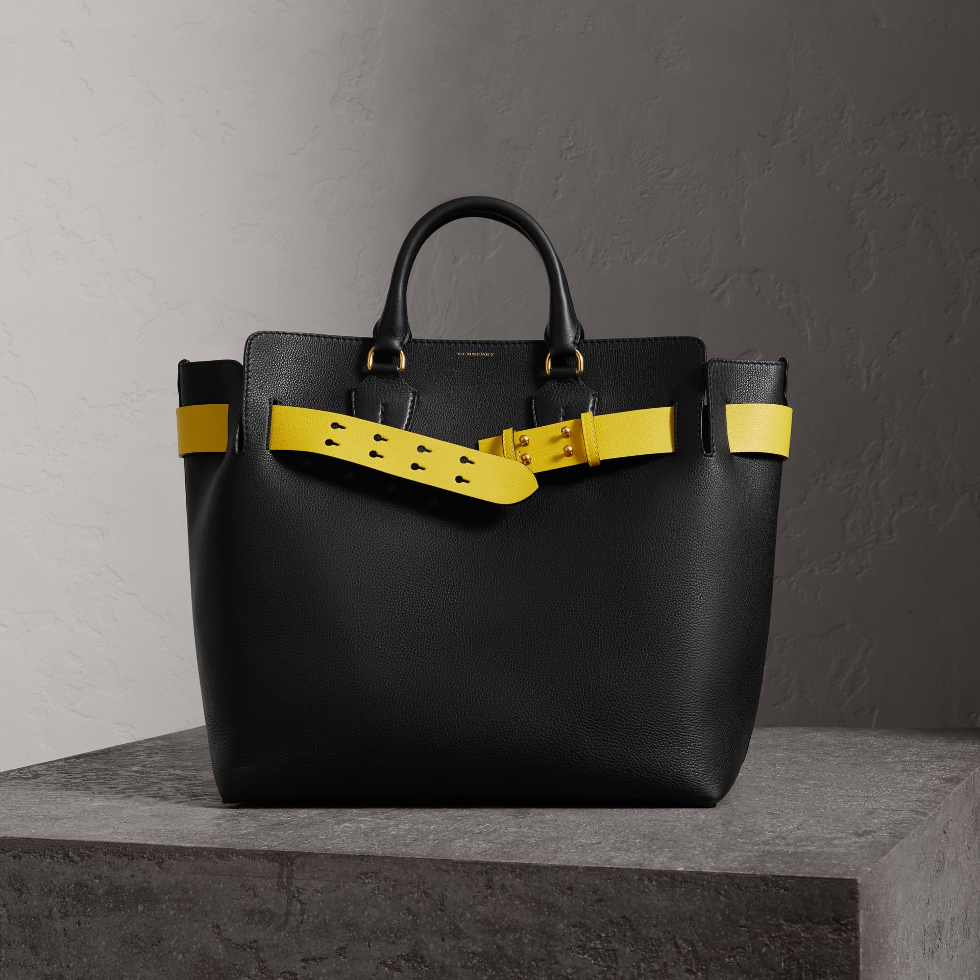 The Large Leather Belt Bag in Black/yellow | Burberry United States - gallery image 0